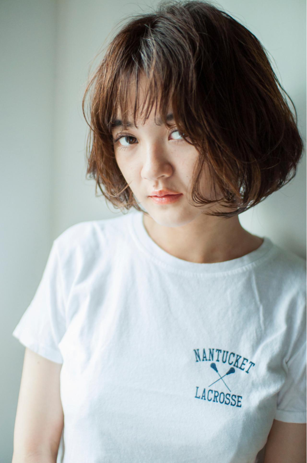 色気 切りっぱなし ショートボブ ナチュラル ヘアスタイルや髪型の写真・画像 | YUKINA / HOMIE TOKYO / HOMIE TOKYO