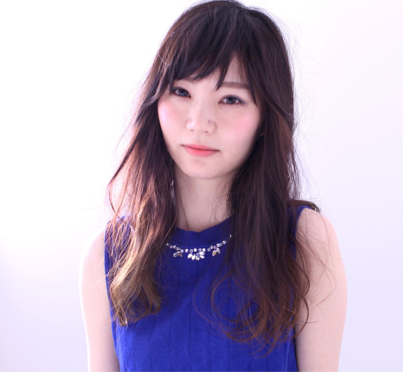 黒髪 フェミニン 前髪あり ロング ヘアスタイルや髪型の写真・画像 | CHEST小西剛 / CHEST姫路店