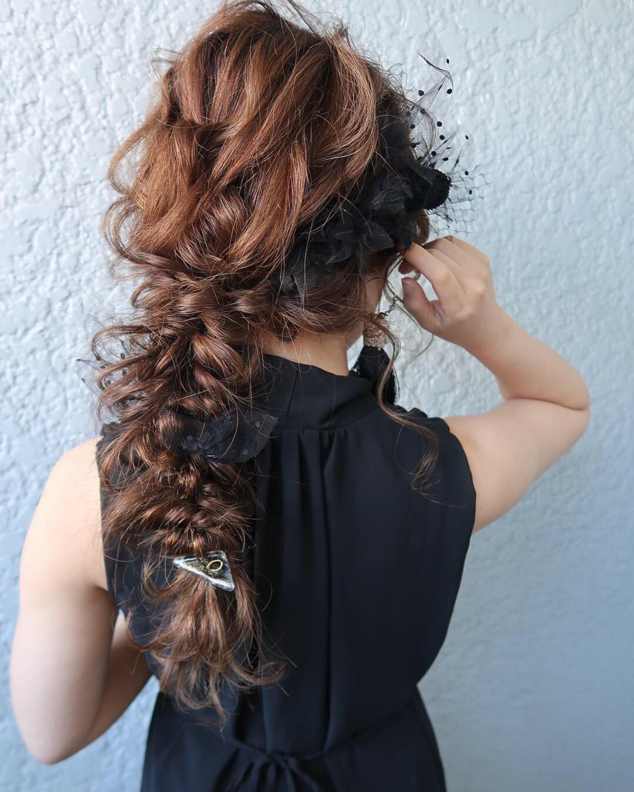 デート ロング ヘアアレンジ 編みおろし ヘアスタイルや髪型の写真・画像 | 平川 元気 / MAPUNA