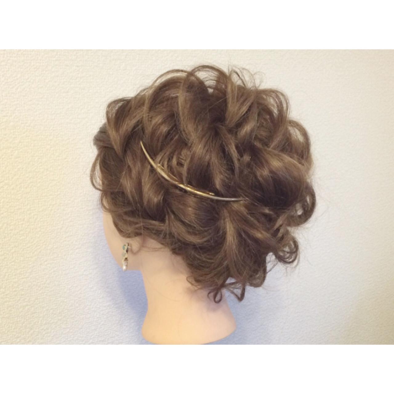 ガーリー 結婚式 成人式 ロング ヘアスタイルや髪型の写真・画像 | yasuka / セットサロンCURE