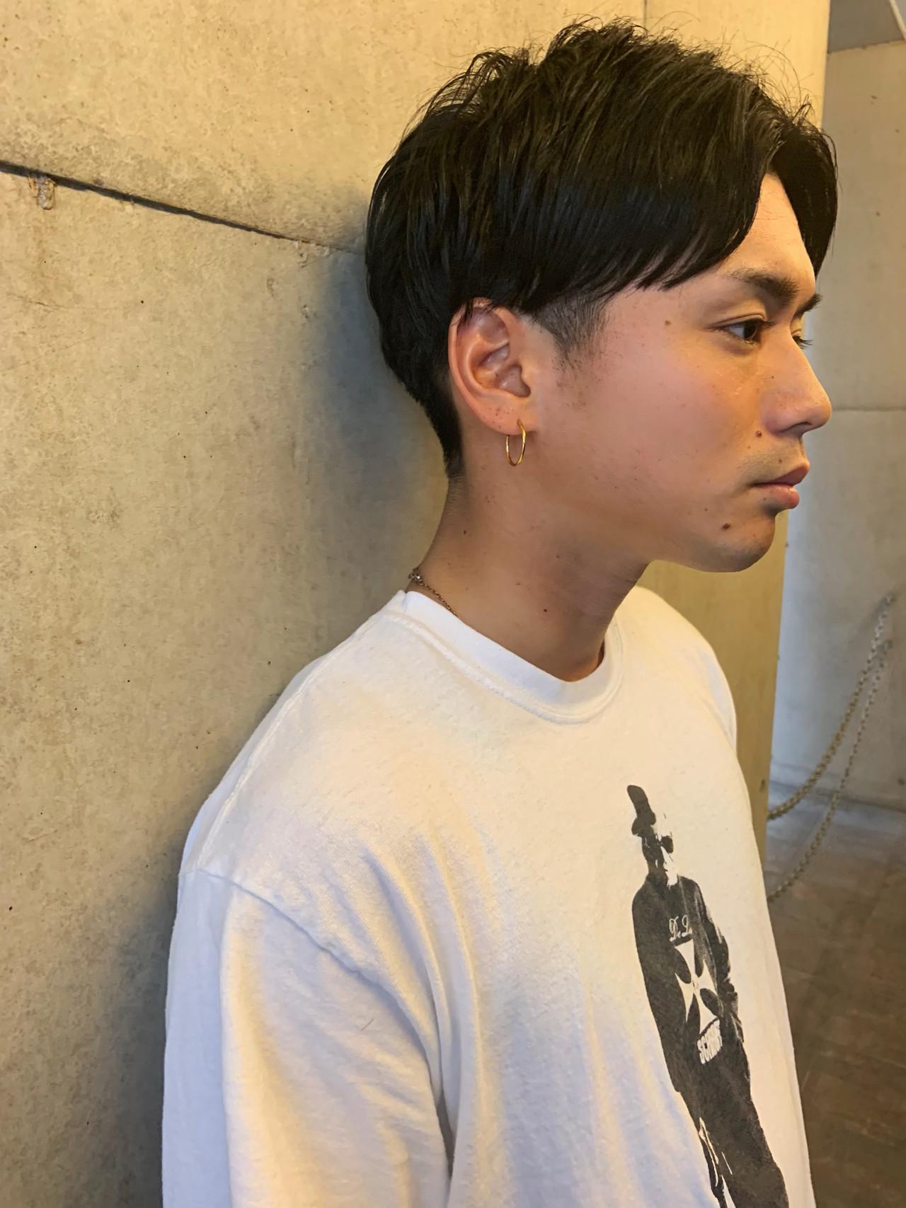 メンズカット メンズマッシュ センターパート メンズスタイル ヘアスタイルや髪型の写真・画像
