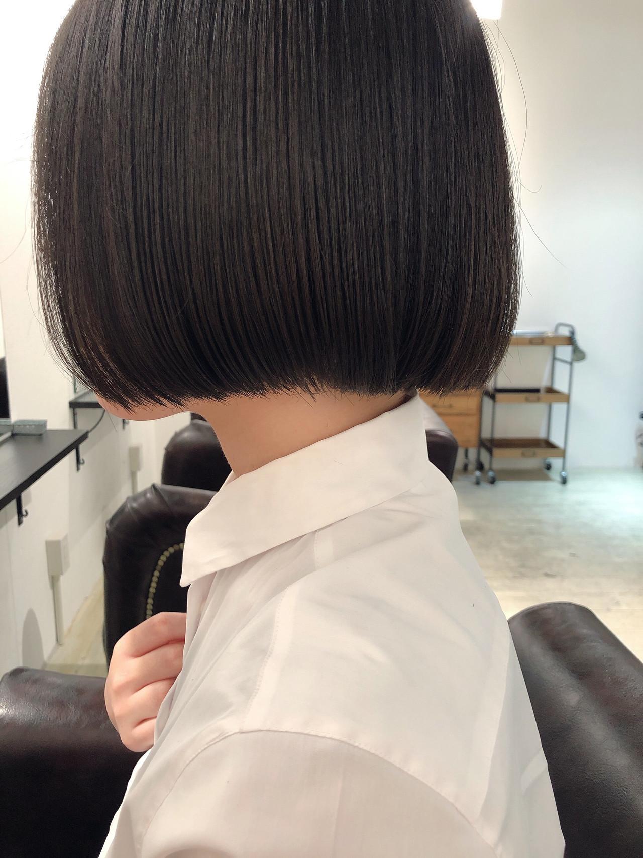 切りっぱなしボブ 黒髪ショート ミニボブ ボブ ヘアスタイルや髪型の写真・画像