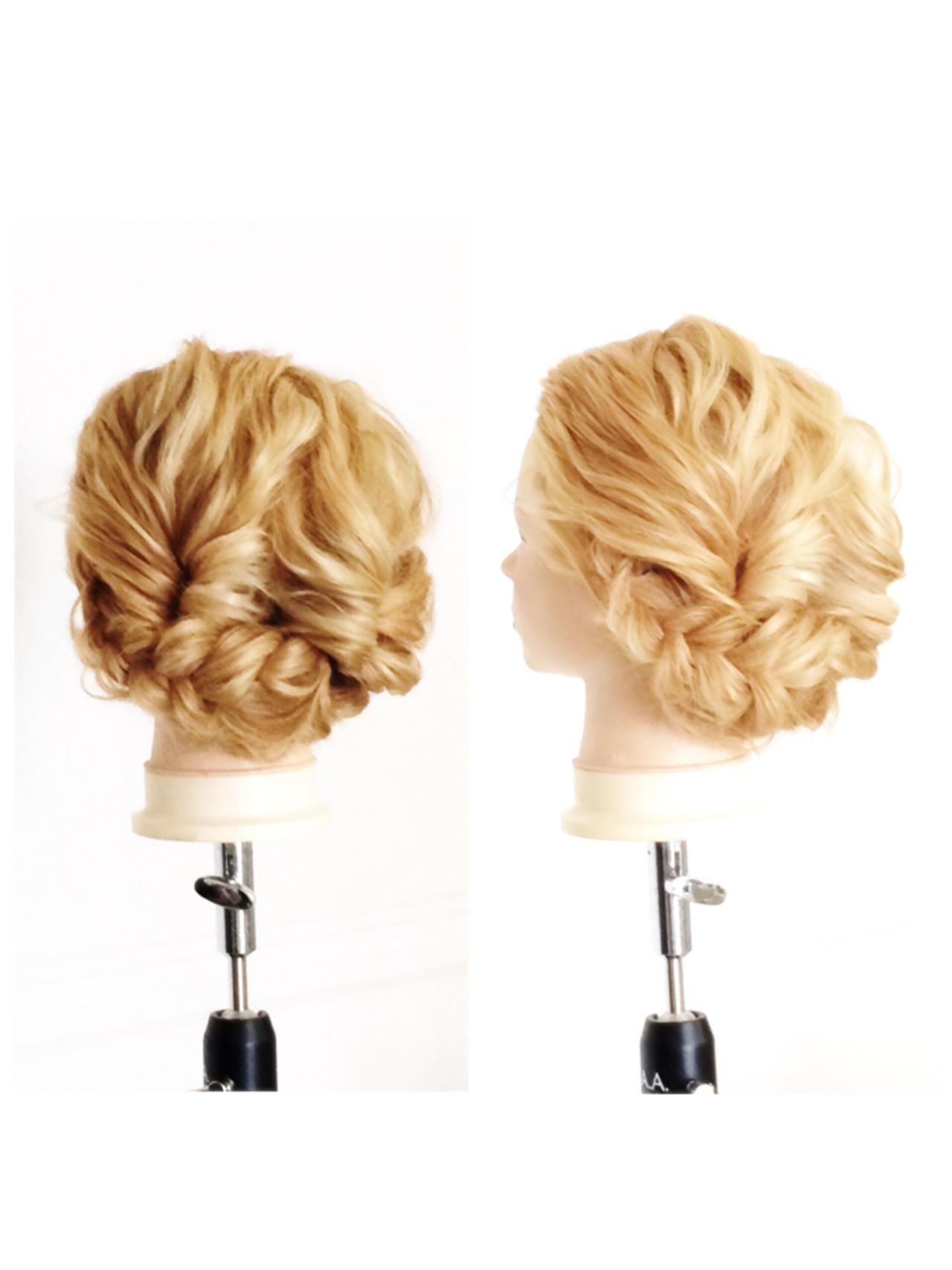 グラデーションカラー くせ毛風 外国人風 セミロング ヘアスタイルや髪型の写真・画像