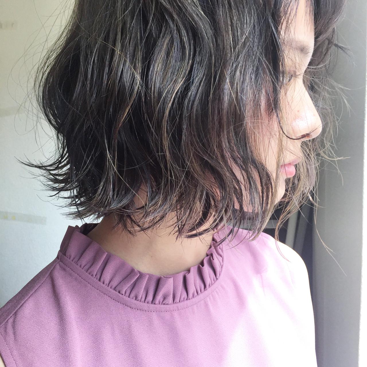 切りっぱなし ナチュラル グレージュ ボブ ヘアスタイルや髪型の写真・画像 | 田渕 英和/vicushair / vicushair