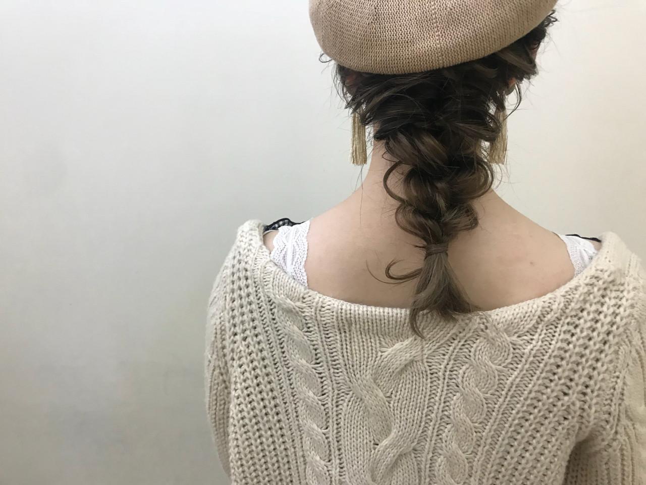 セミロング 大人かわいい ヘアアレンジ デート ヘアスタイルや髪型の写真・画像