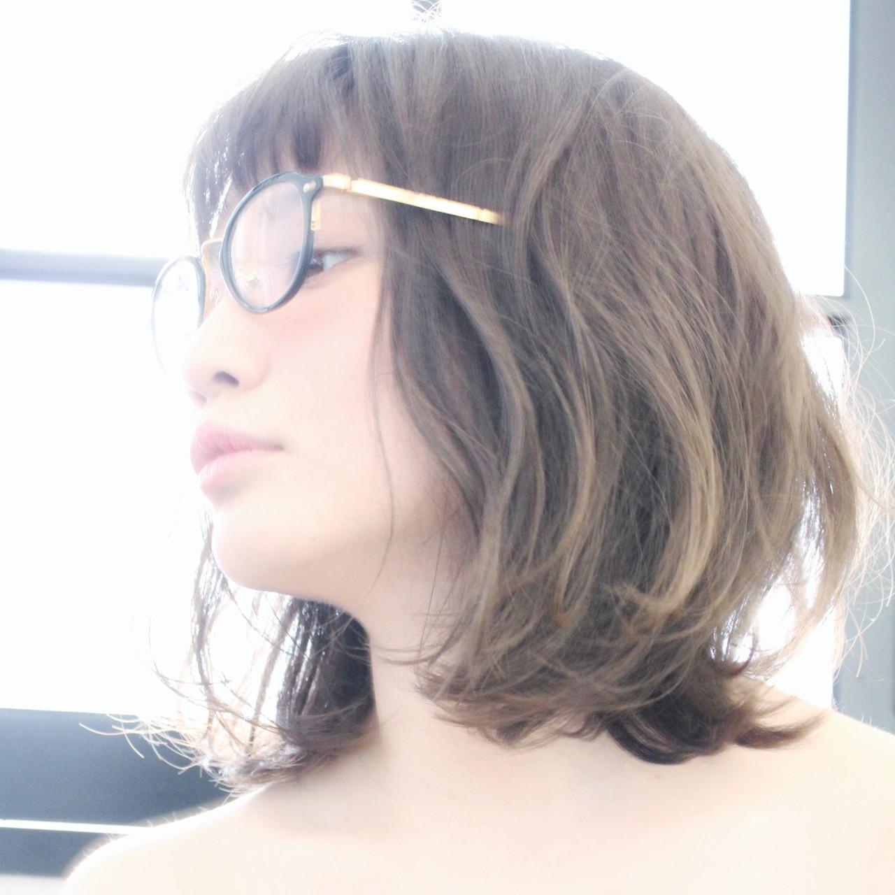 アッシュ ゆるふわ グレージュ ボブ ヘアスタイルや髪型の写真・画像 | 上田智久 / ooit 福岡 天神 / ooit