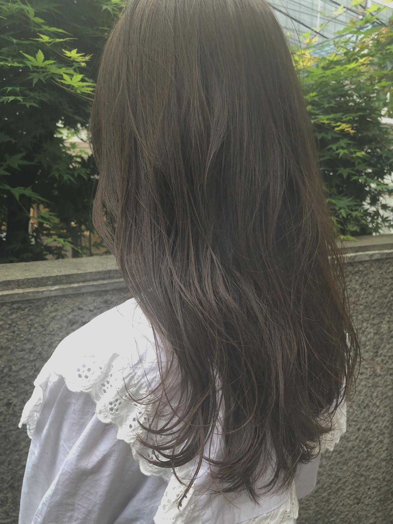 アンニュイほつれヘア ガーリー 大人かわいい ゆるふわ ヘアスタイルや髪型の写真・画像