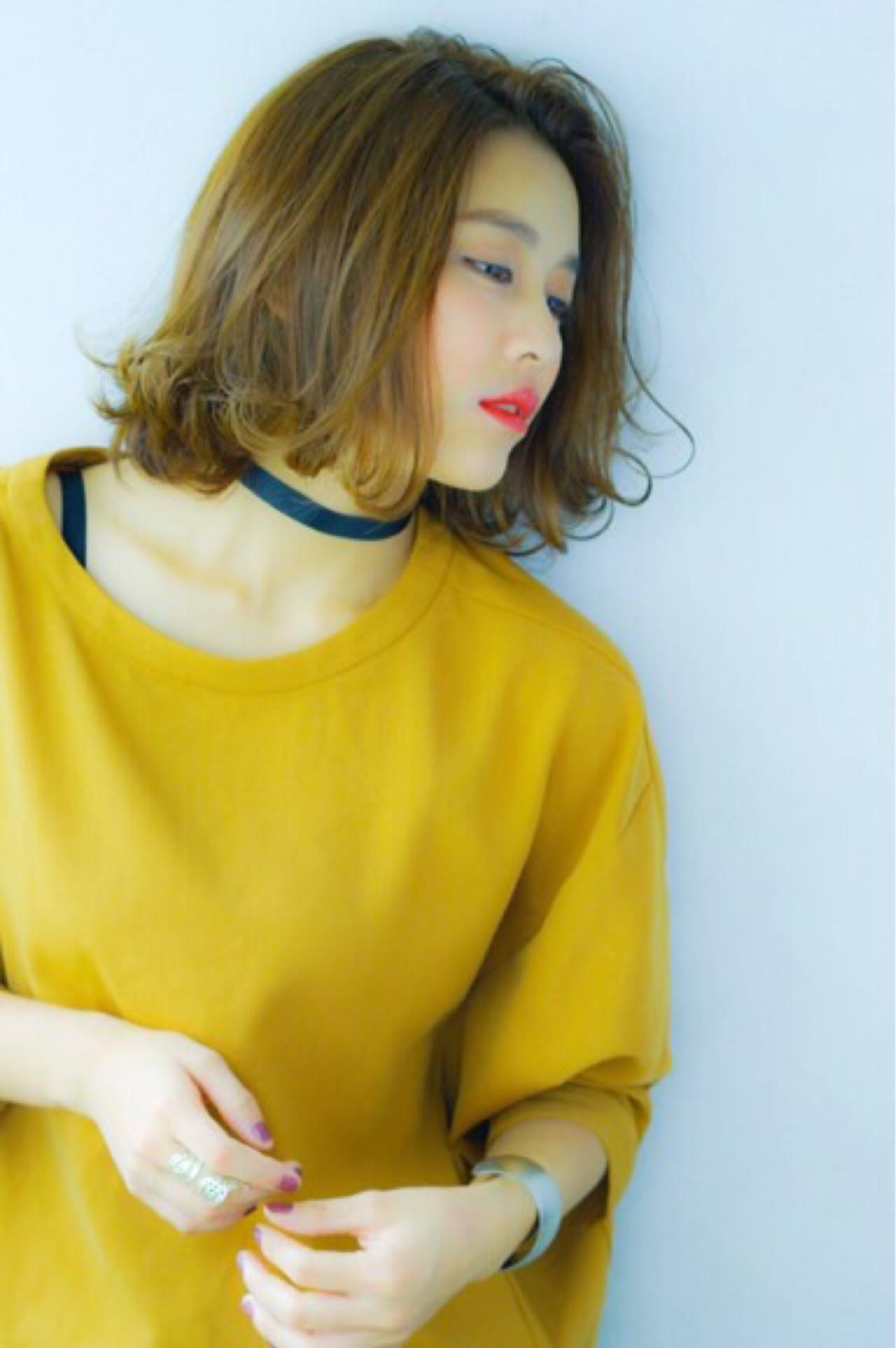 ガーリー 外国人風 くせ毛風 色気 ヘアスタイルや髪型の写真・画像