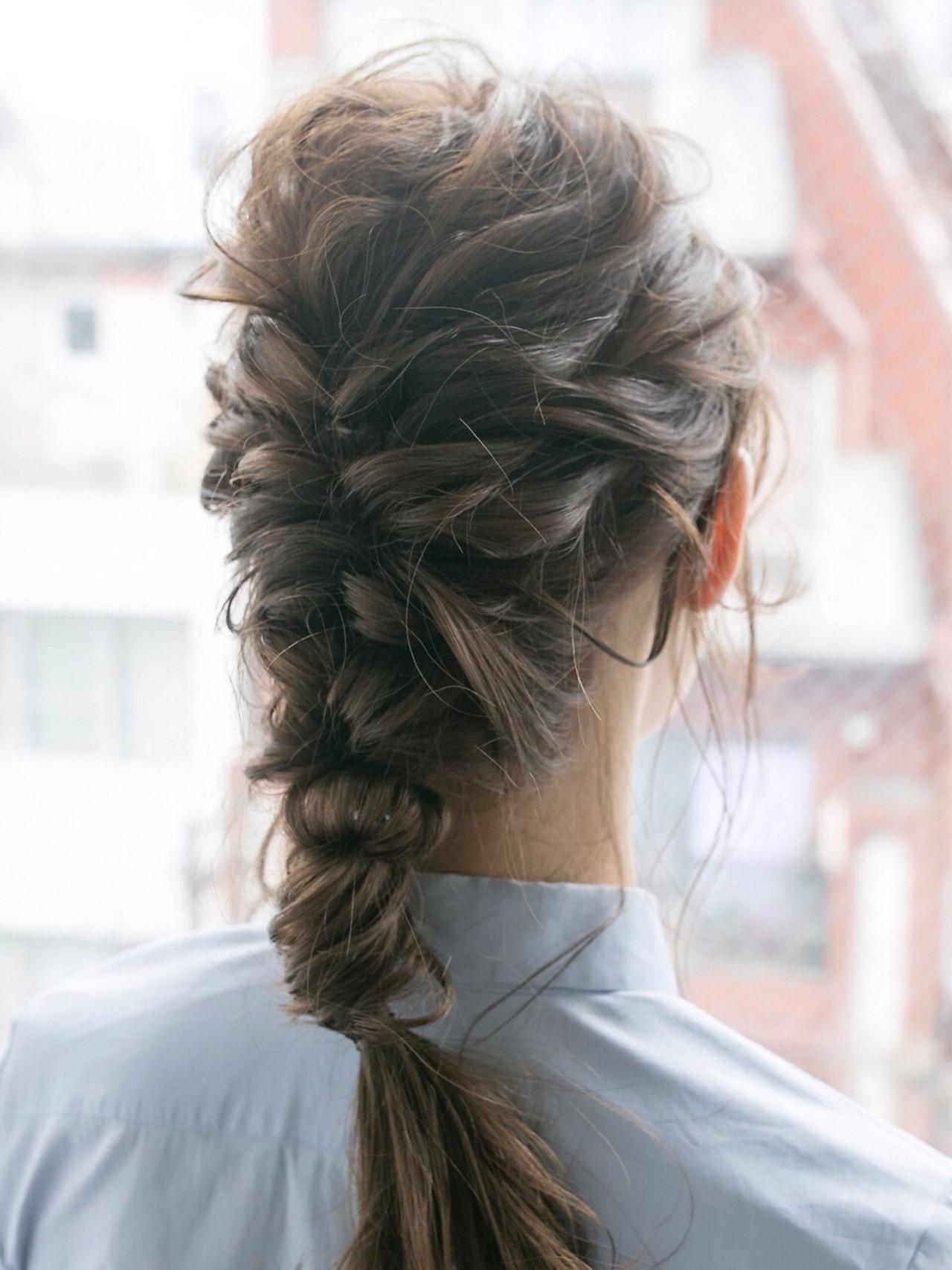 ナチュラル アンニュイほつれヘア セミロング 結婚式 ヘアスタイルや髪型の写真・画像 | 杉本 佳奈 / SOCO