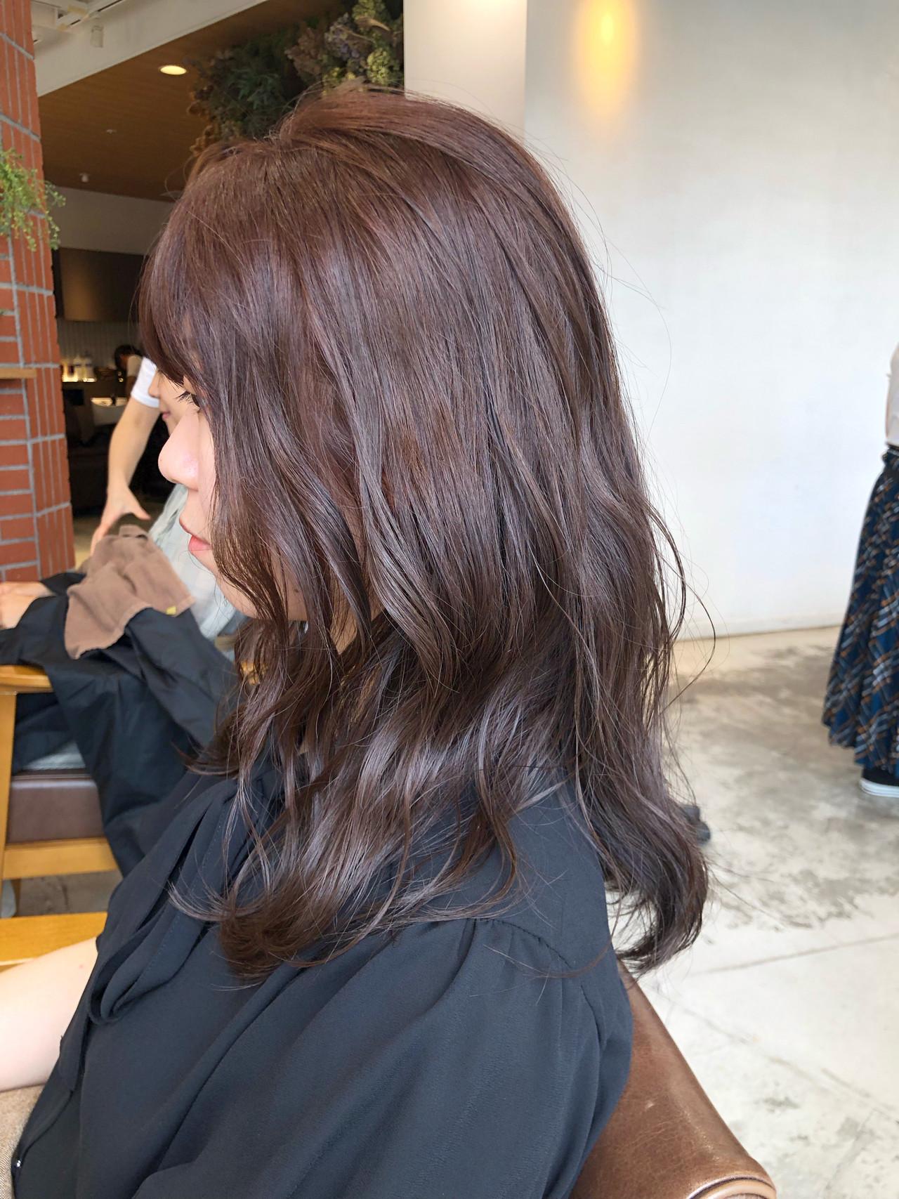 成人式 ミディアム ショコラブラウン ナチュラル ヘアスタイルや髪型の写真・画像