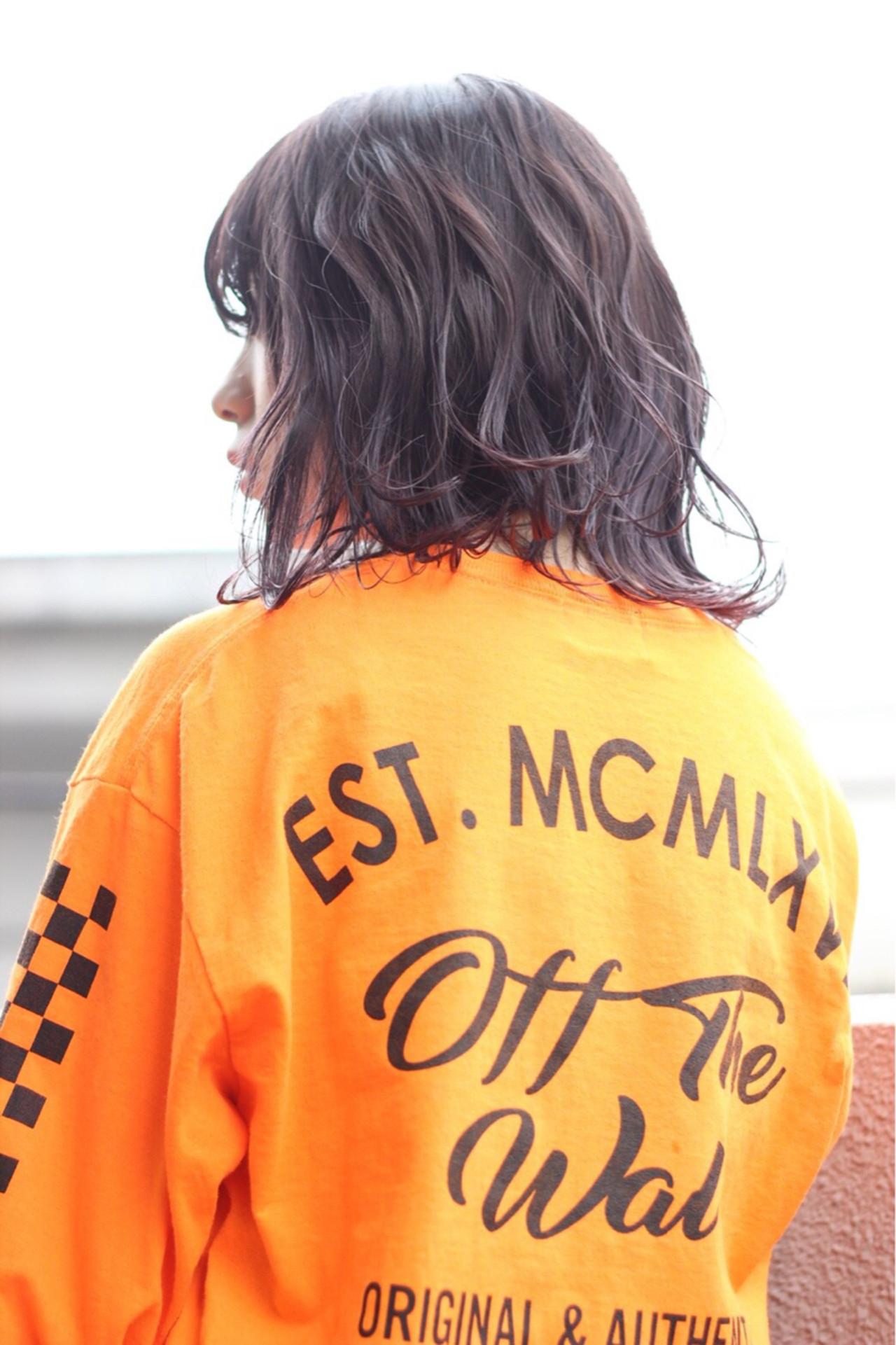 透明感 ストリート グレーアッシュ ミディアム ヘアスタイルや髪型の写真・画像