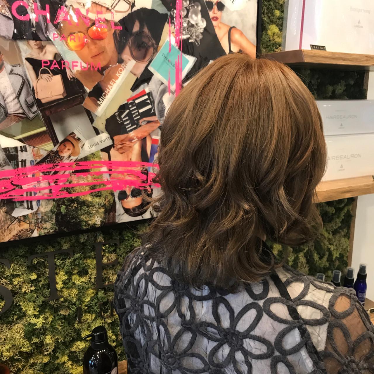 ガーリー ボブ 外国人風カラー ヘアスタイルや髪型の写真・画像 | SHIHO / Cecilhair 梅田店