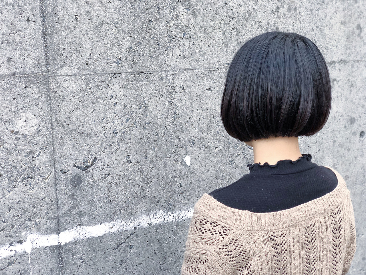 ショートボブ ナチュラル 切りっぱなし ミニボブ ヘアスタイルや髪型の写真・画像 | イヨマサカズキ / hairsalon  Rebirth