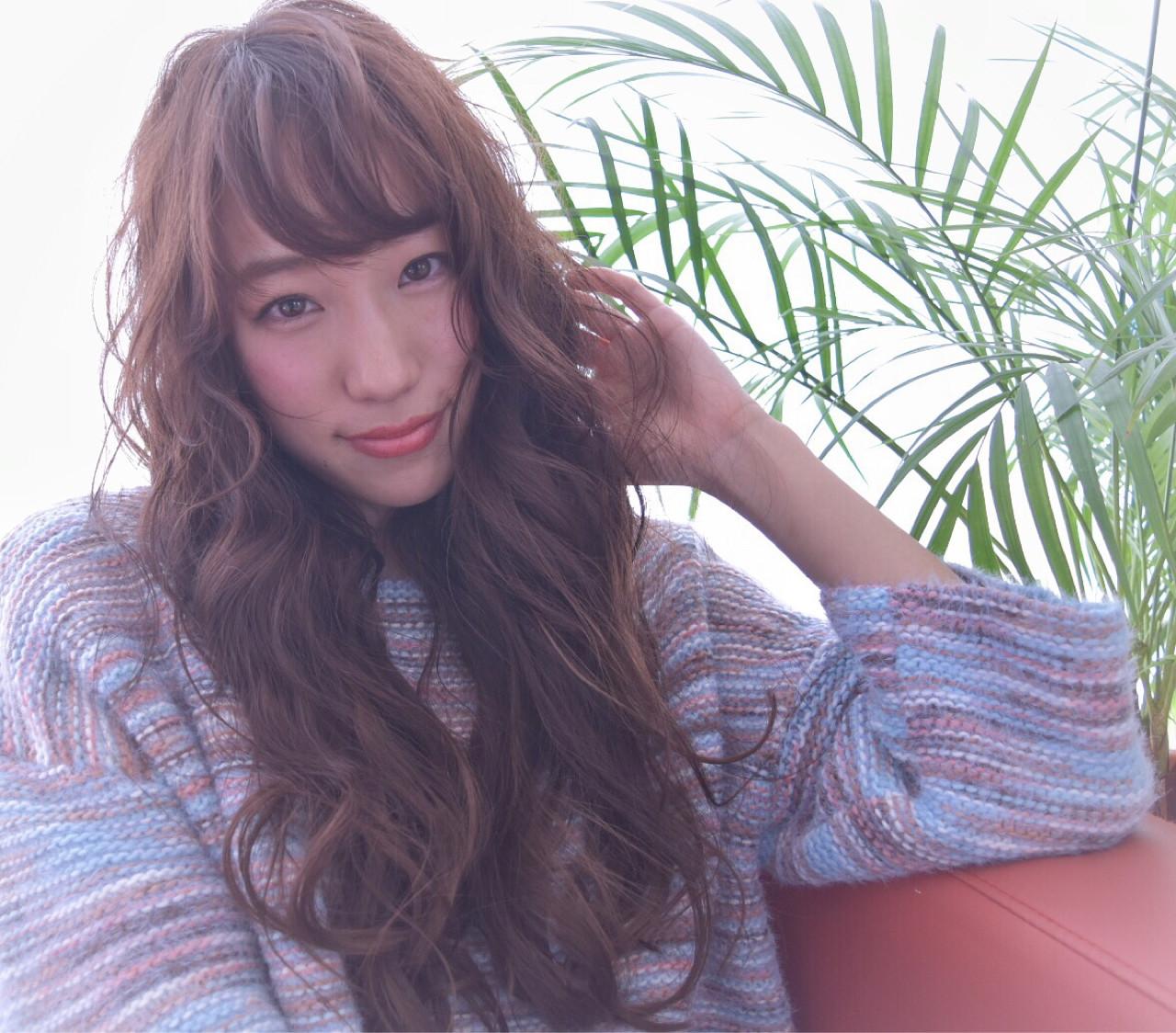 ガーリー ロング パーマ こなれ感 ヘアスタイルや髪型の写真・画像 | 石田裕紀 / Baroque 立川 newtonグループ
