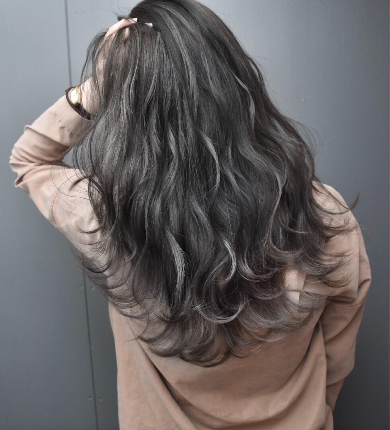アッシュベージュ 外国人風カラー 外国人風 ロング ヘアスタイルや髪型の写真・画像