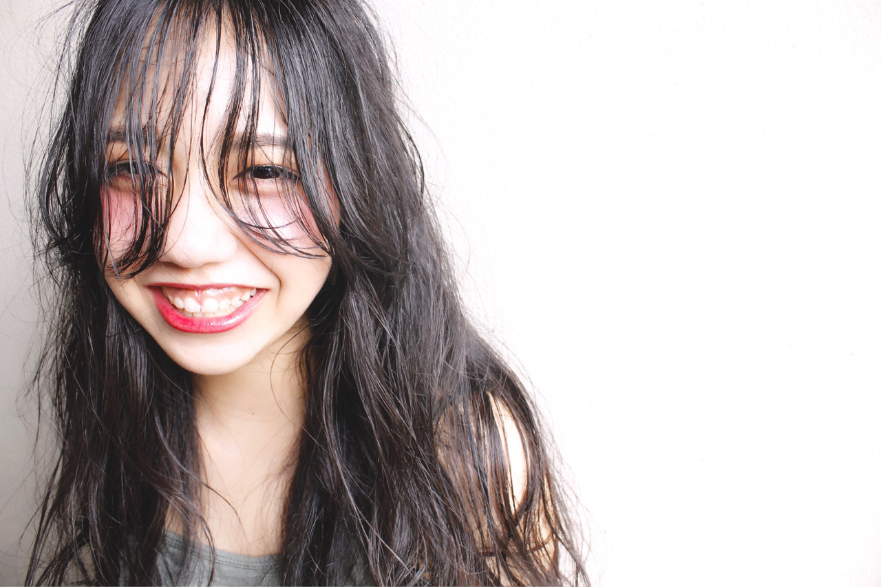 くせ毛風 黒髪 ナチュラル ゆるふわ ヘアスタイルや髪型の写真・画像 | 福田 麗 / coast