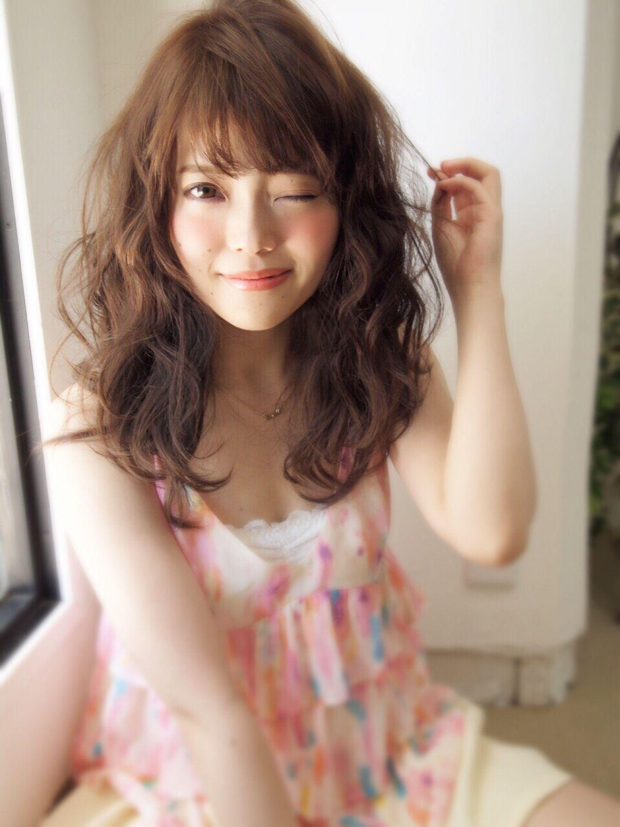 ロング ウェットヘア コンサバ モテ髪 ヘアスタイルや髪型の写真・画像 | 山田 あかり /