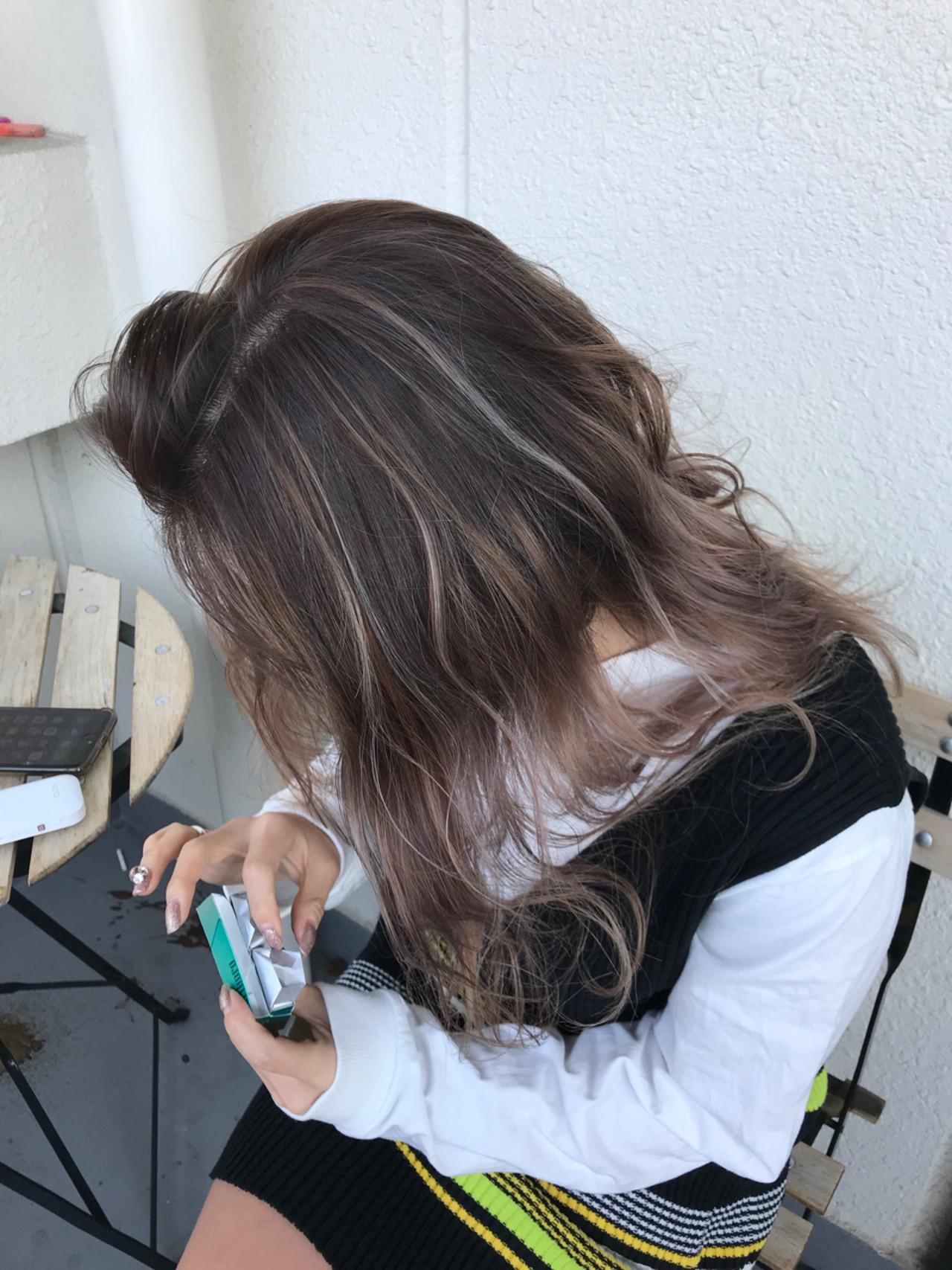 セミロング 外国人風 ヘアアレンジ アンニュイ ヘアスタイルや髪型の写真・画像