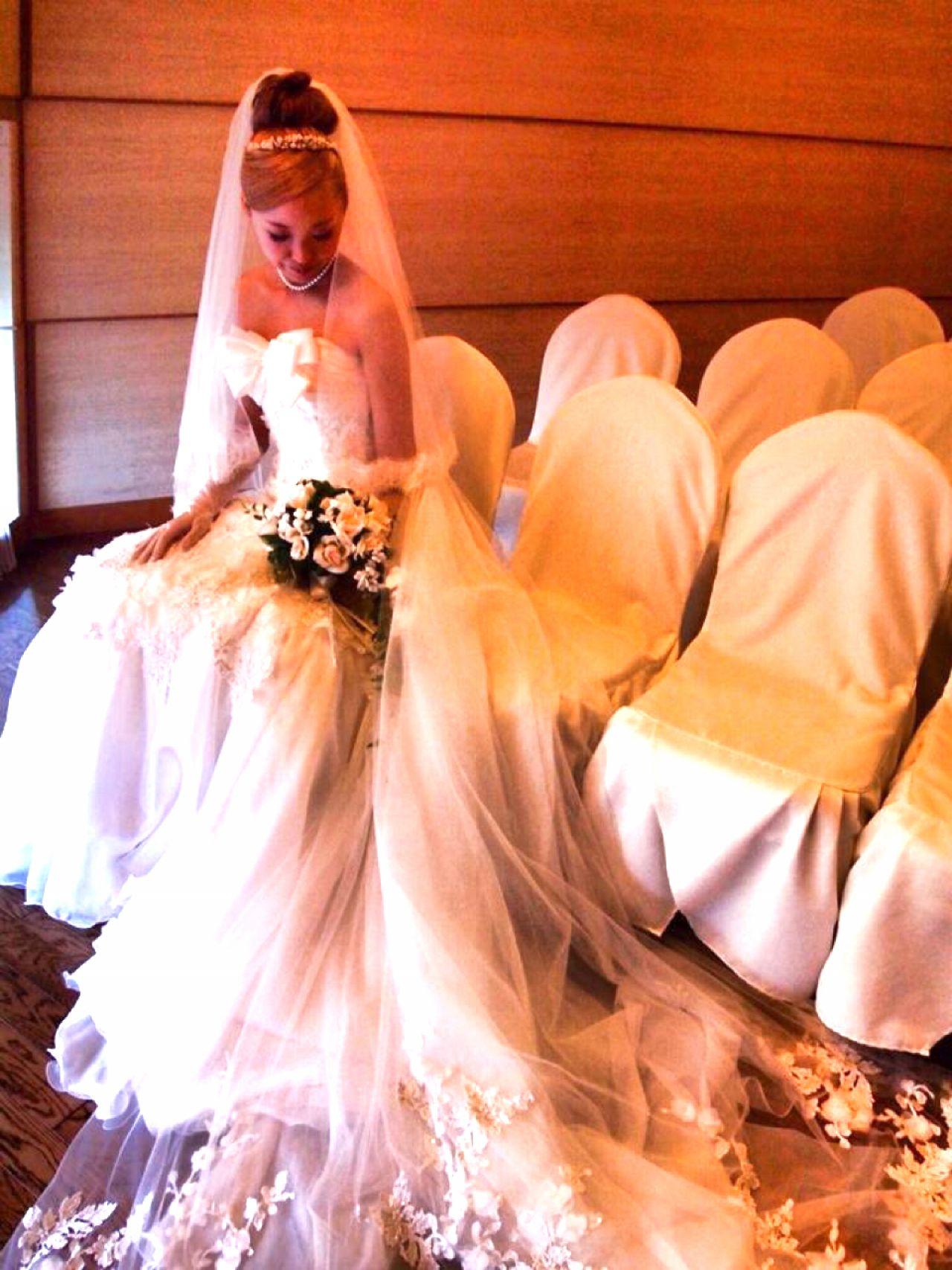 ヘアアレンジ ミディアム ガーリー ハイトーン ヘアスタイルや髪型の写真・画像
