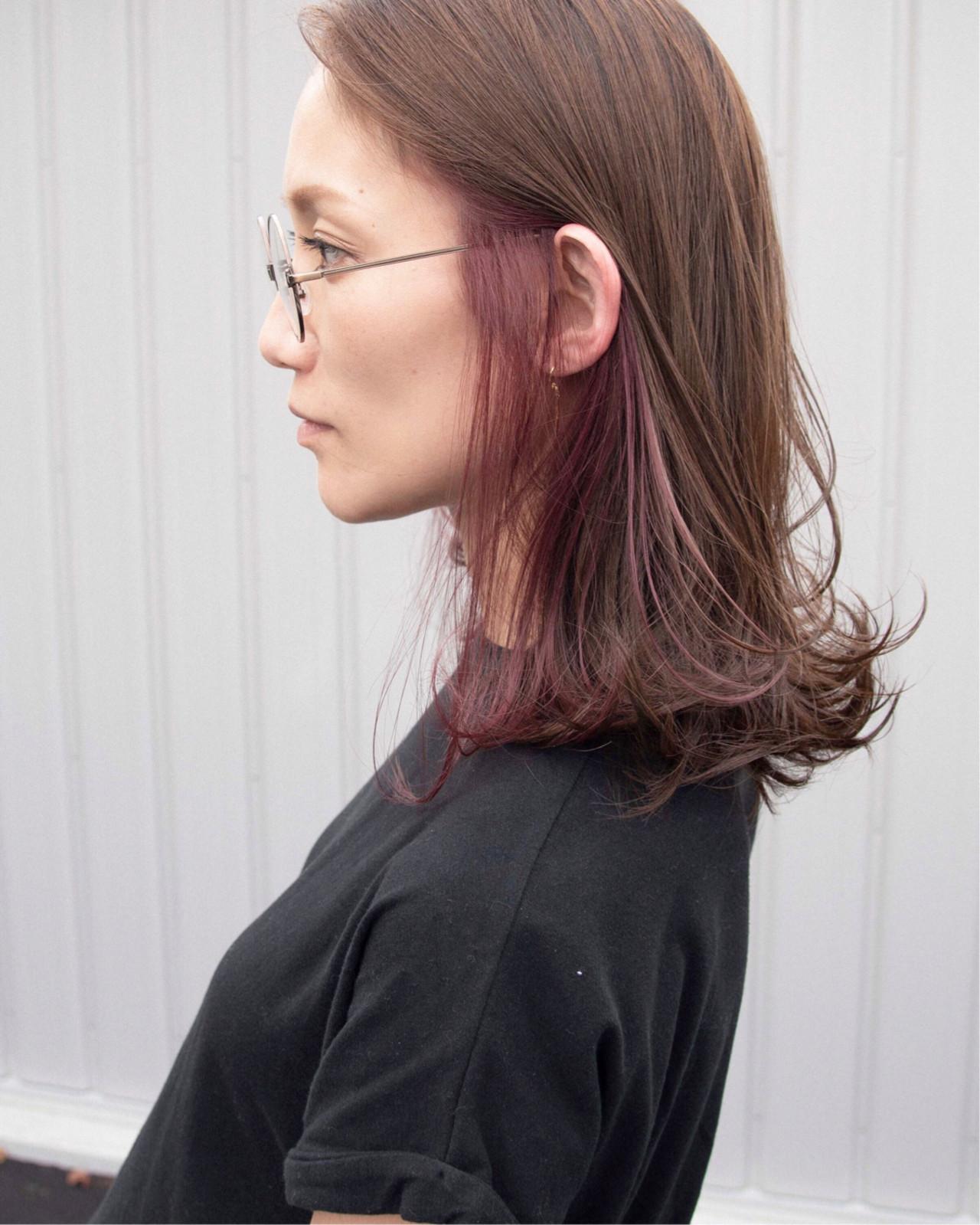 ストリート インナーピンク インナーカラー インナーカラーパープル ヘアスタイルや髪型の写真・画像
