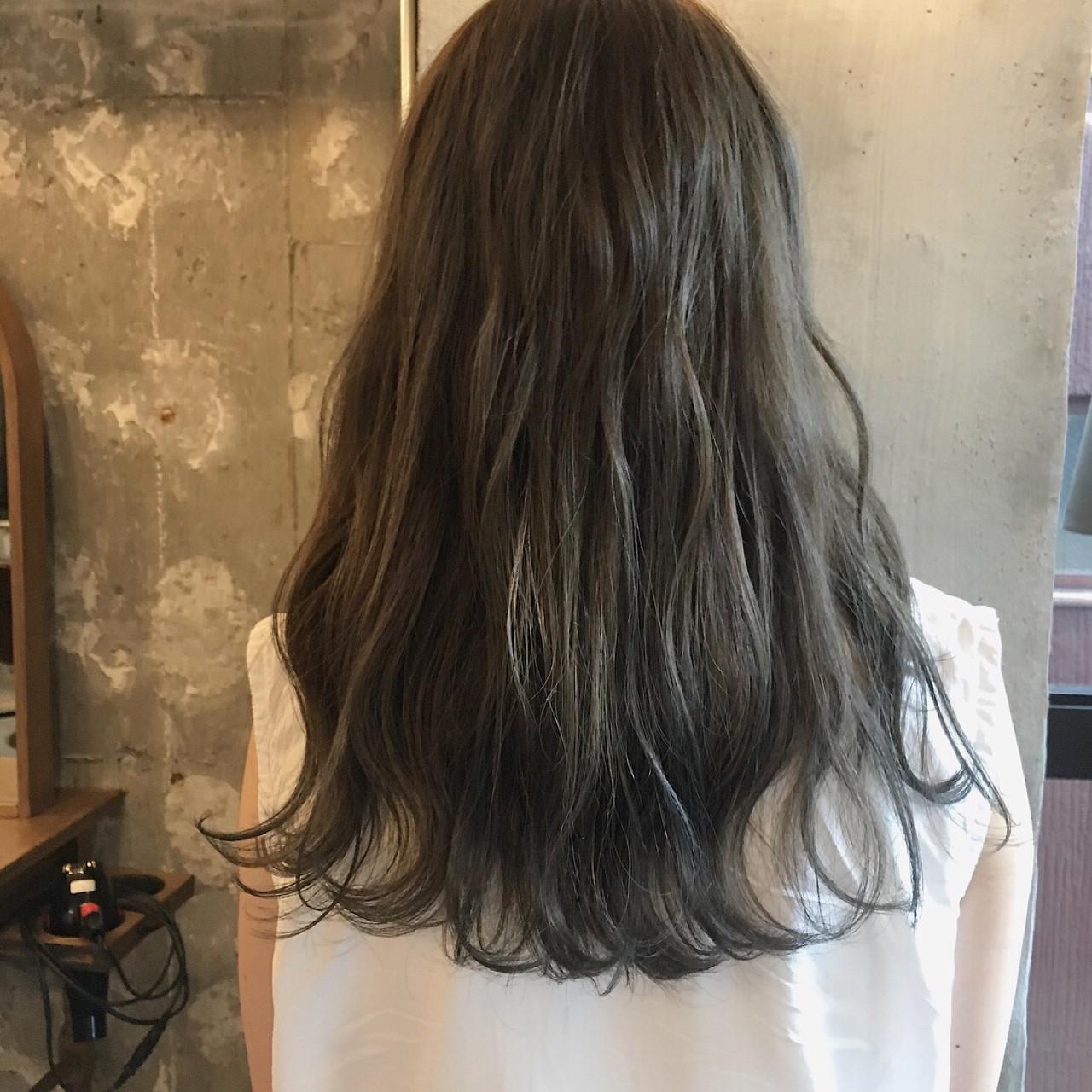デート 秋 リラックス 女子会 ヘアスタイルや髪型の写真・画像 | 冨永 真太郎 / 人トナリ