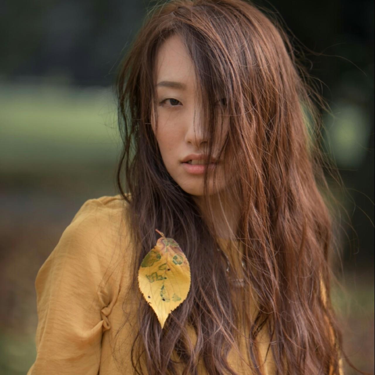 アッシュ ゆるふわ 外国人風 大人かわいい ヘアスタイルや髪型の写真・画像