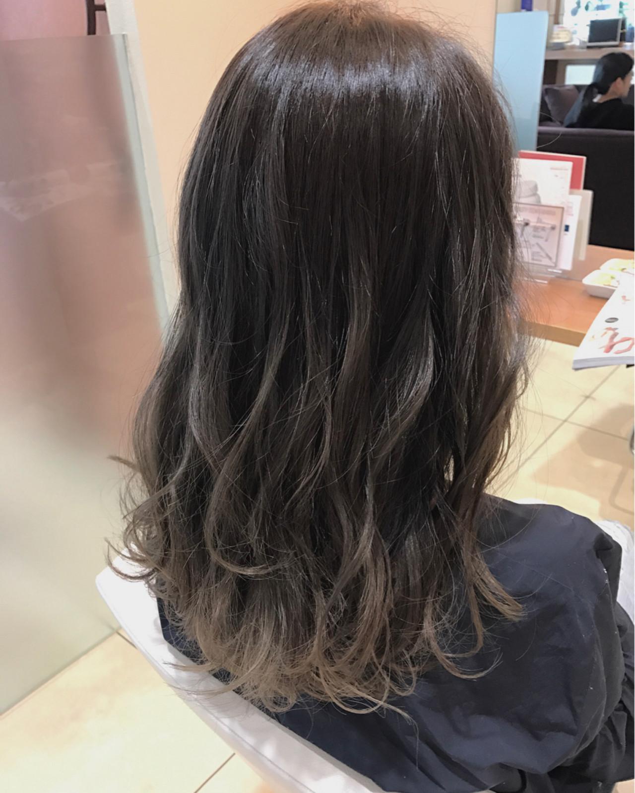 ナチュラル ロング グラデーションカラー アッシュグラデーション ヘアスタイルや髪型の写真・画像