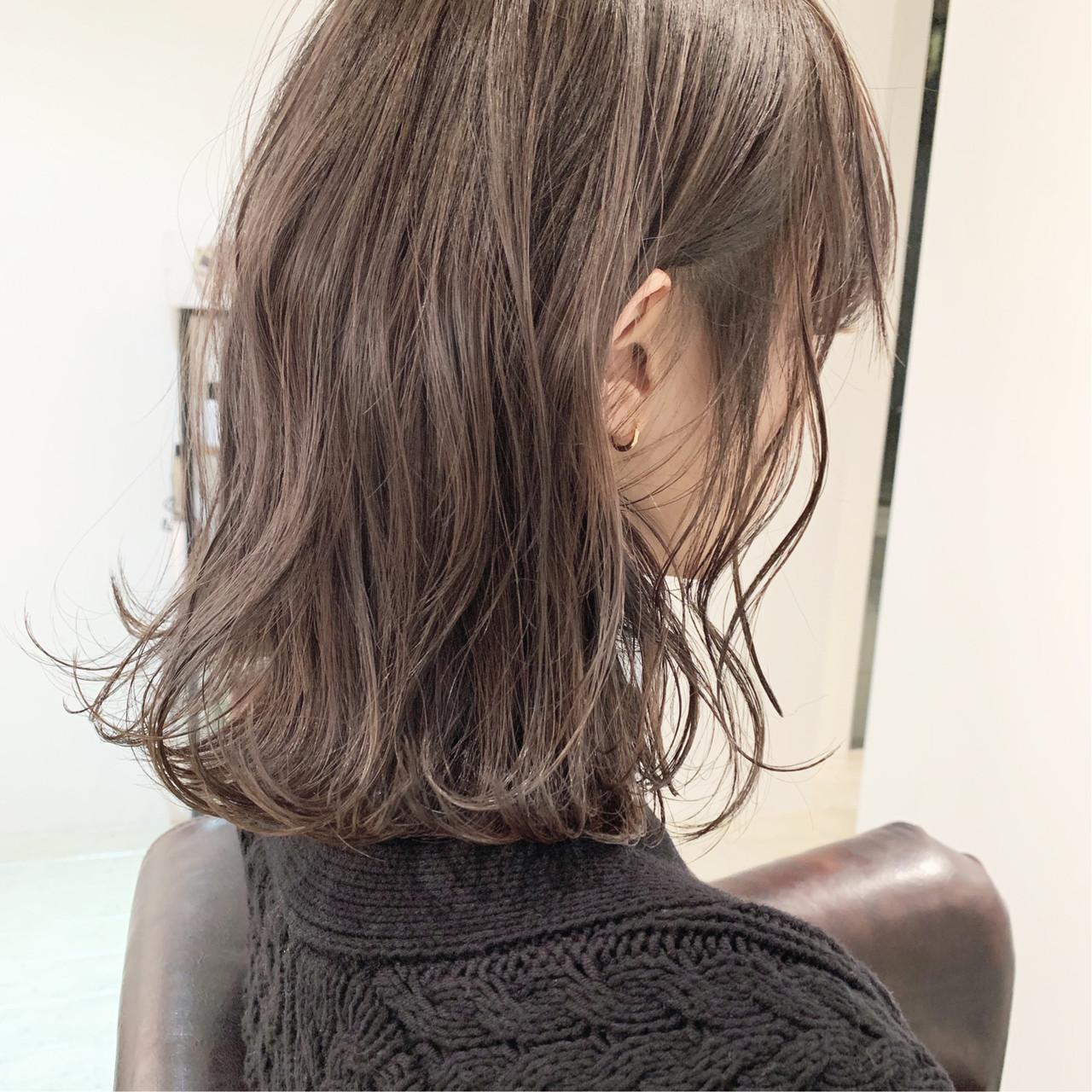 ミルクティーグレージュ ミディアム 簡単ヘアアレンジ 切りっぱなしボブ ヘアスタイルや髪型の写真・画像 | 中村明俊 / HAVANA 天神