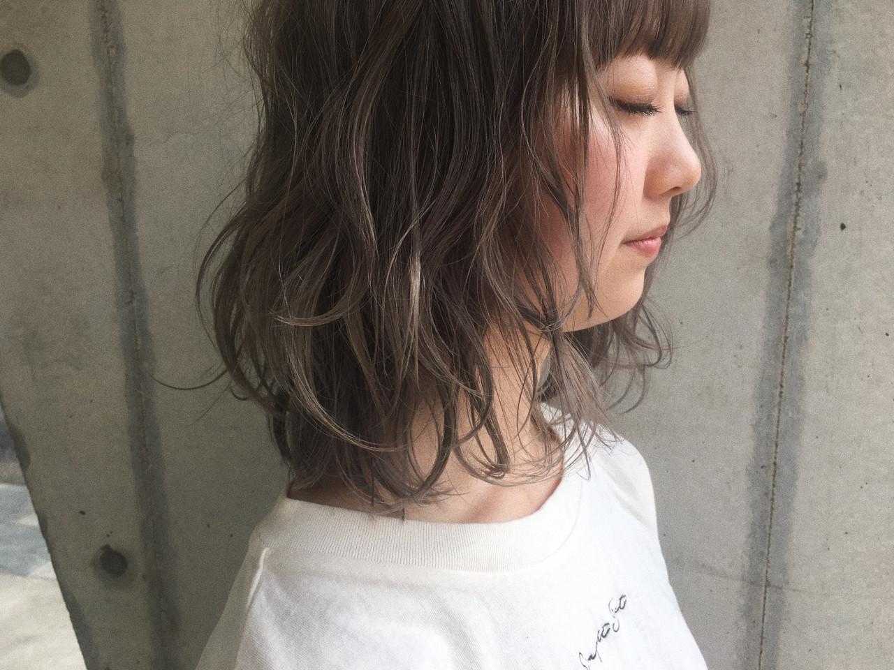 ナチュラル アンニュイ ミディアム ロブ ヘアスタイルや髪型の写真・画像 | 鈴木 成治 / LOAVE AOYAMA(ローヴ アオヤマ)