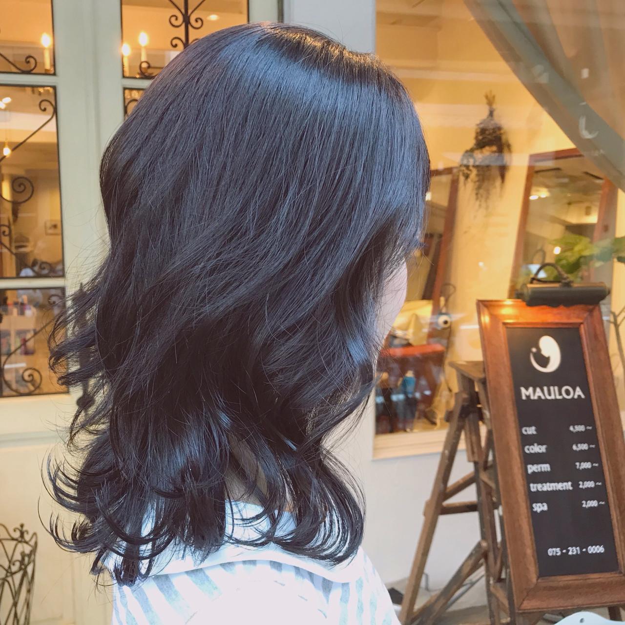 ラベンダーグレージュ ガーリー オフィス パーマ ヘアスタイルや髪型の写真・画像