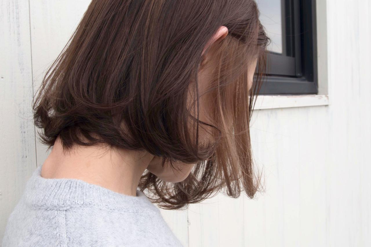 ナチュラル インナーカラーグレージュ ミルクティーベージュ ブラウンベージュ ヘアスタイルや髪型の写真・画像
