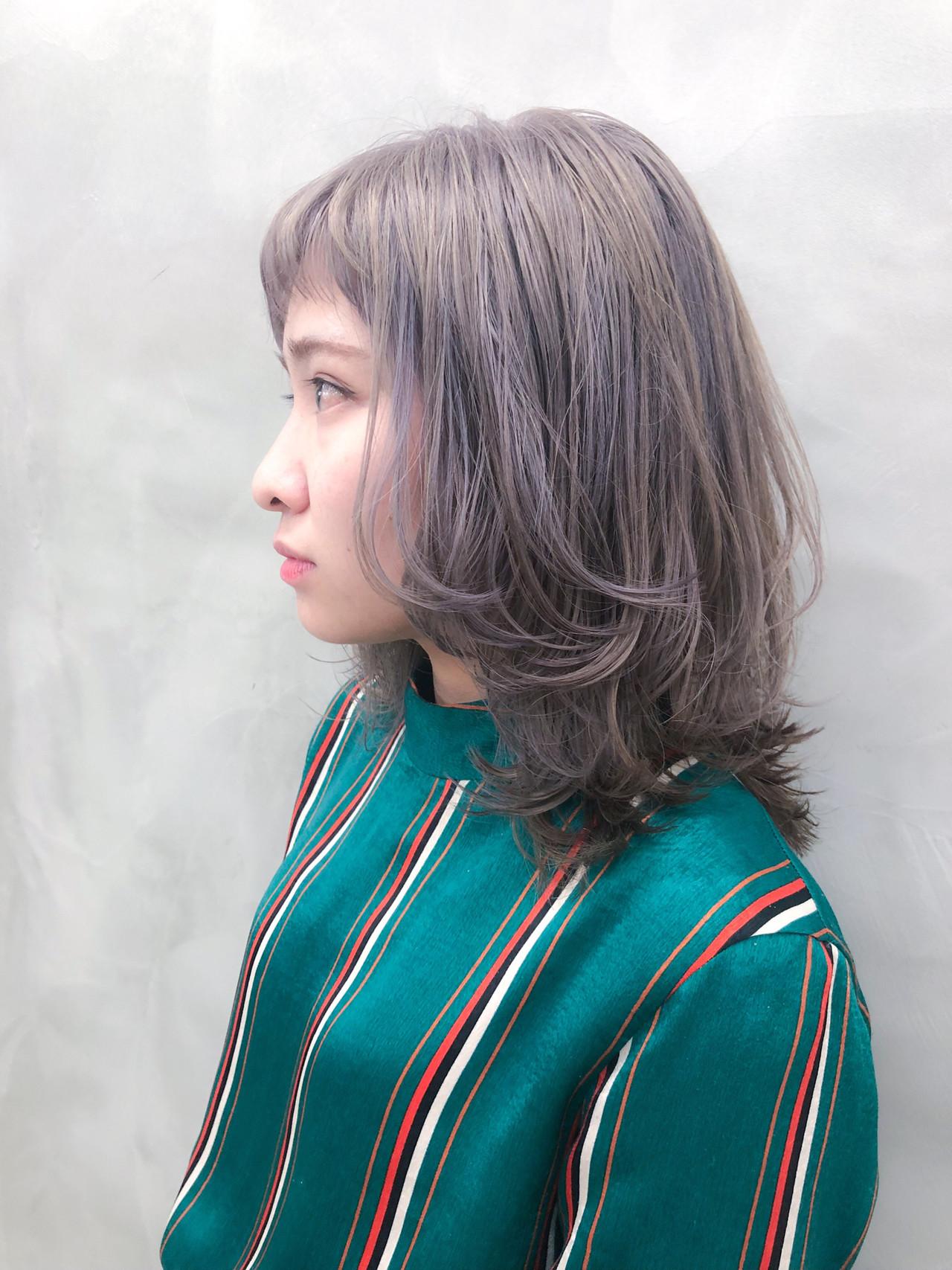 マッシュウルフ ウルフカット ミディアム ストリート ヘアスタイルや髪型の写真・画像