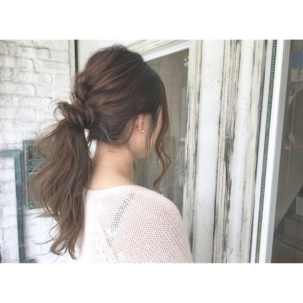 ポニーテール ヘアアレンジ エフォートレス 簡単ヘアアレンジ ヘアスタイルや髪型の写真・画像