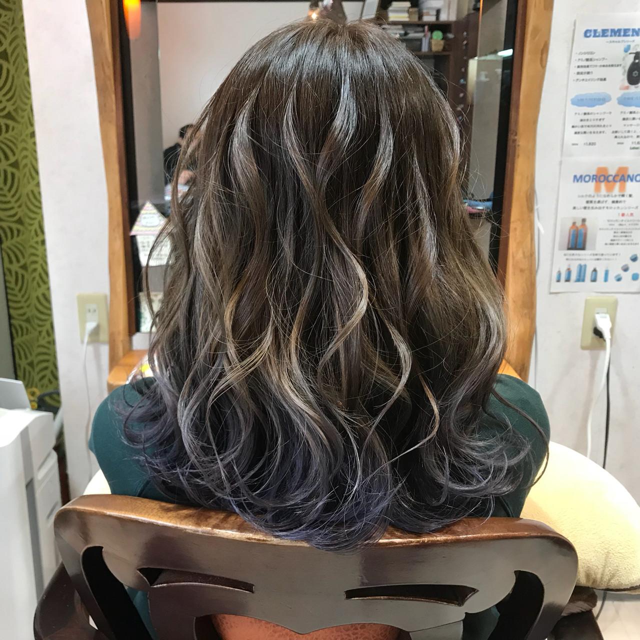 ゆるふわ セミロング ウェーブ 透明感 ヘアスタイルや髪型の写真・画像 | 飯田 誠也 / Coubertin