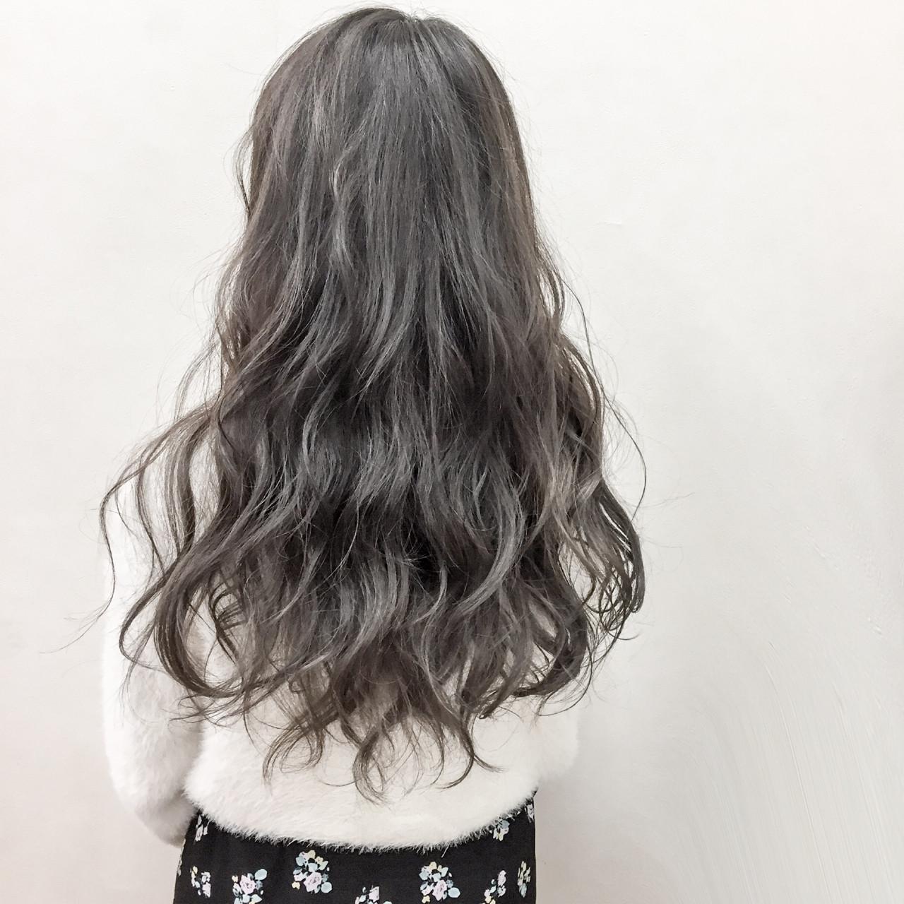アンニュイ エレガント グレージュ 上品 ヘアスタイルや髪型の写真・画像