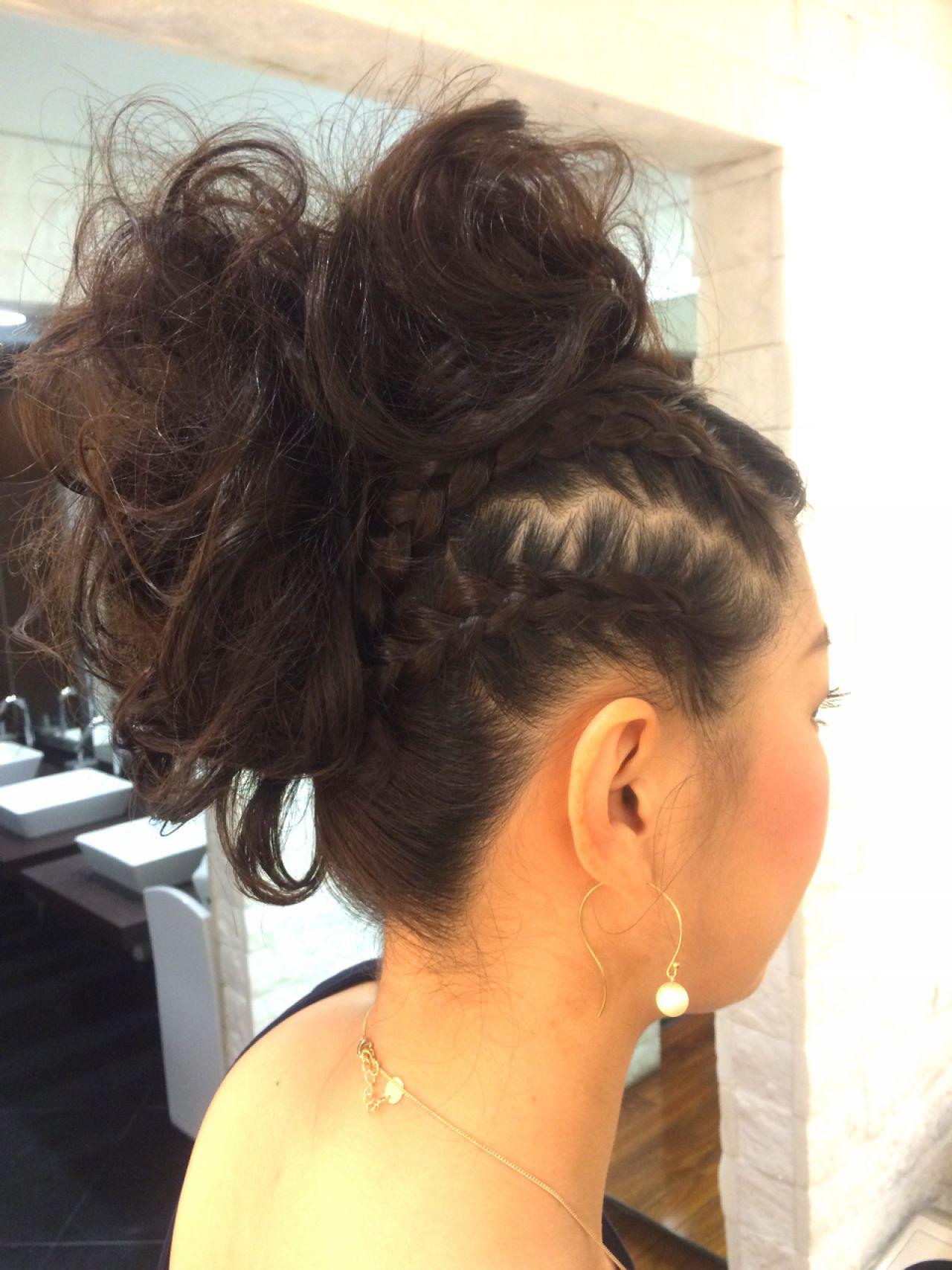 コンサバ 編み込み 結婚式 ヘアアレンジ ヘアスタイルや髪型の写真・画像 | ka2yap /