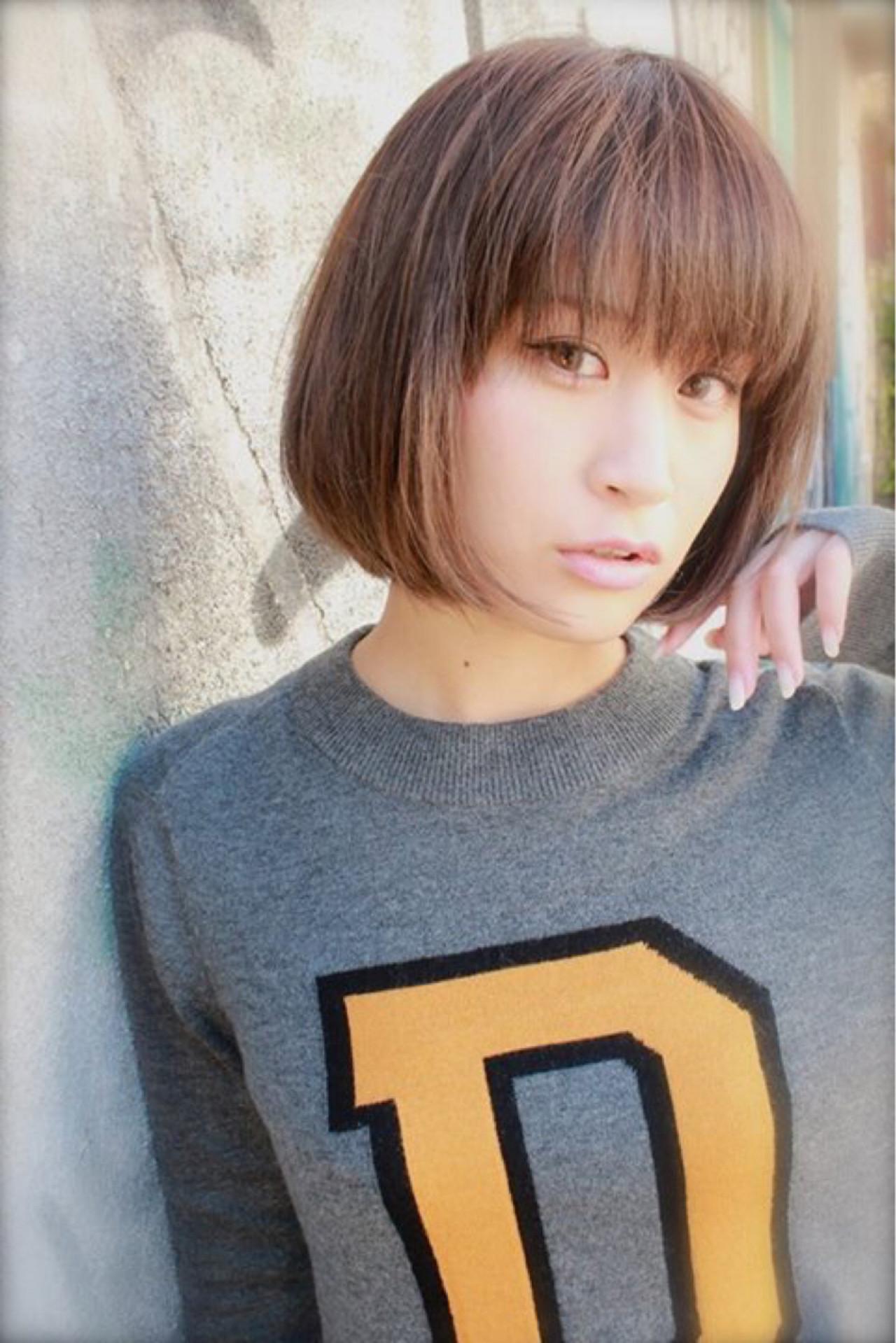 暗髪 グラデーションカラー ボブ 外国人風 ヘアスタイルや髪型の写真・画像 | bibito crew / bibito