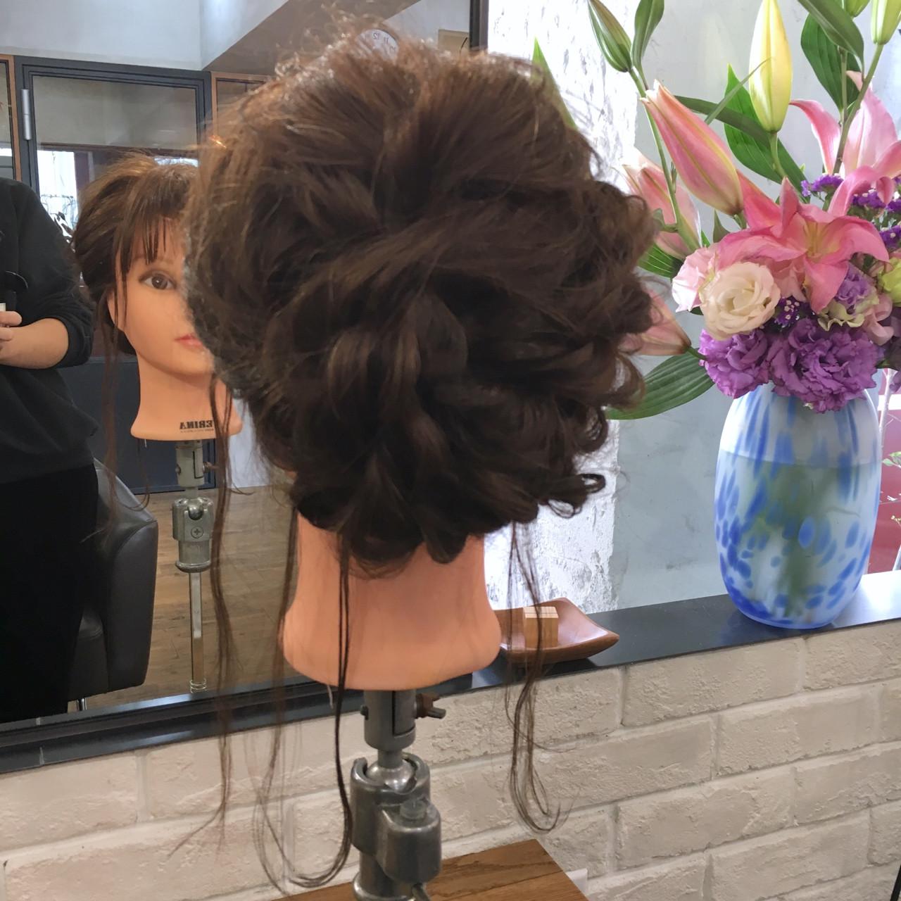 謝恩会 ミディアム ナチュラル 結婚式 ヘアスタイルや髪型の写真・画像 | 上川美幸 / carlm