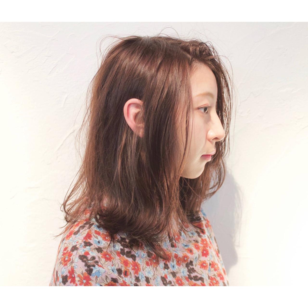 こなれ感 デート パーマ ミディアム ヘアスタイルや髪型の写真・画像