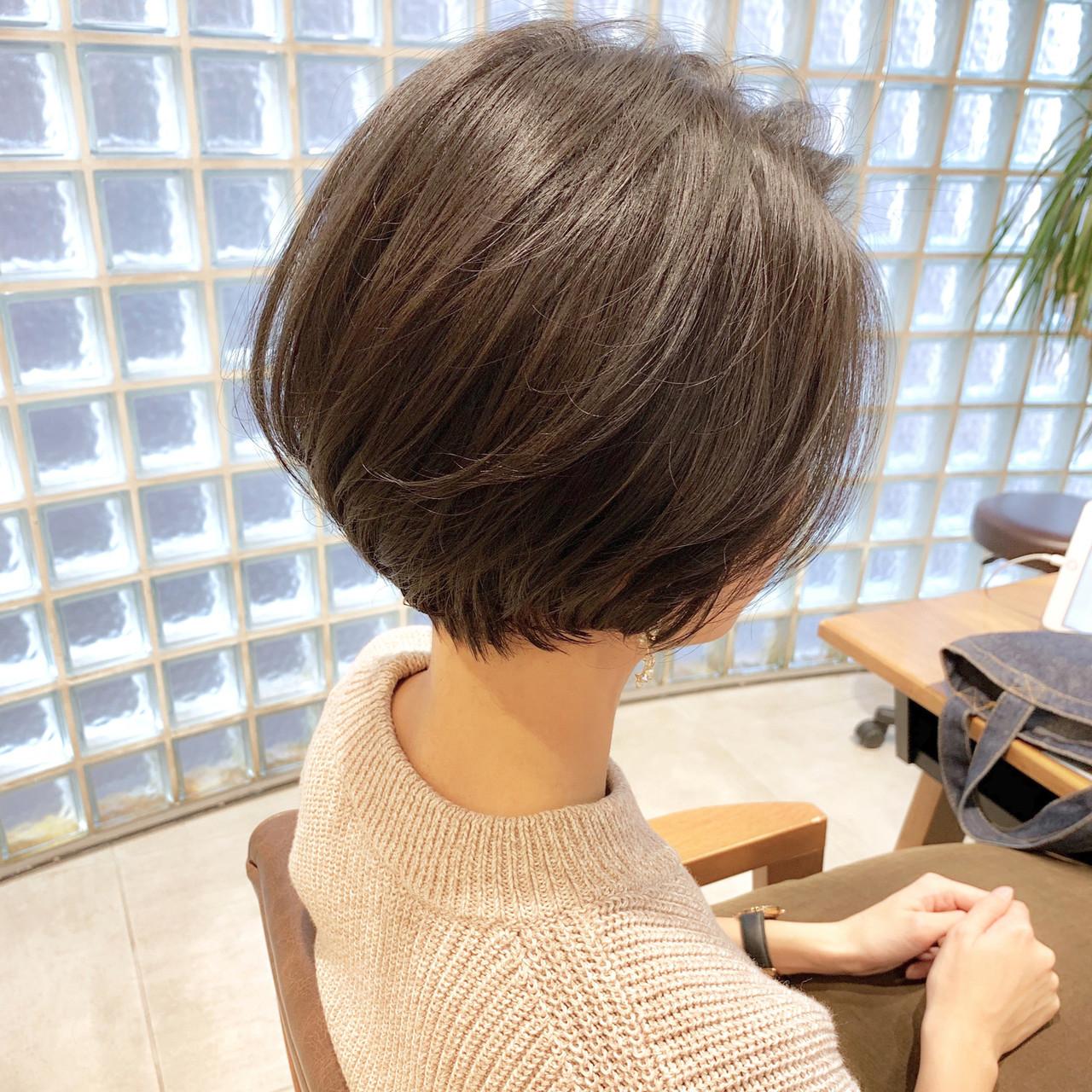 ナチュラル デート アンニュイほつれヘア パーマ ヘアスタイルや髪型の写真・画像