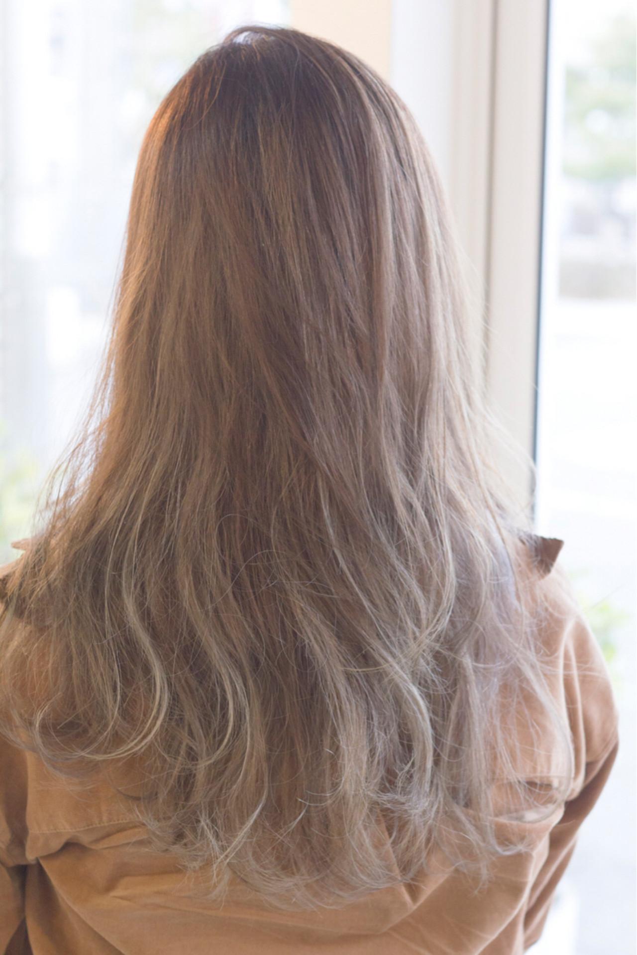 こなれ感 大人女子 ニュアンス ロング ヘアスタイルや髪型の写真・画像