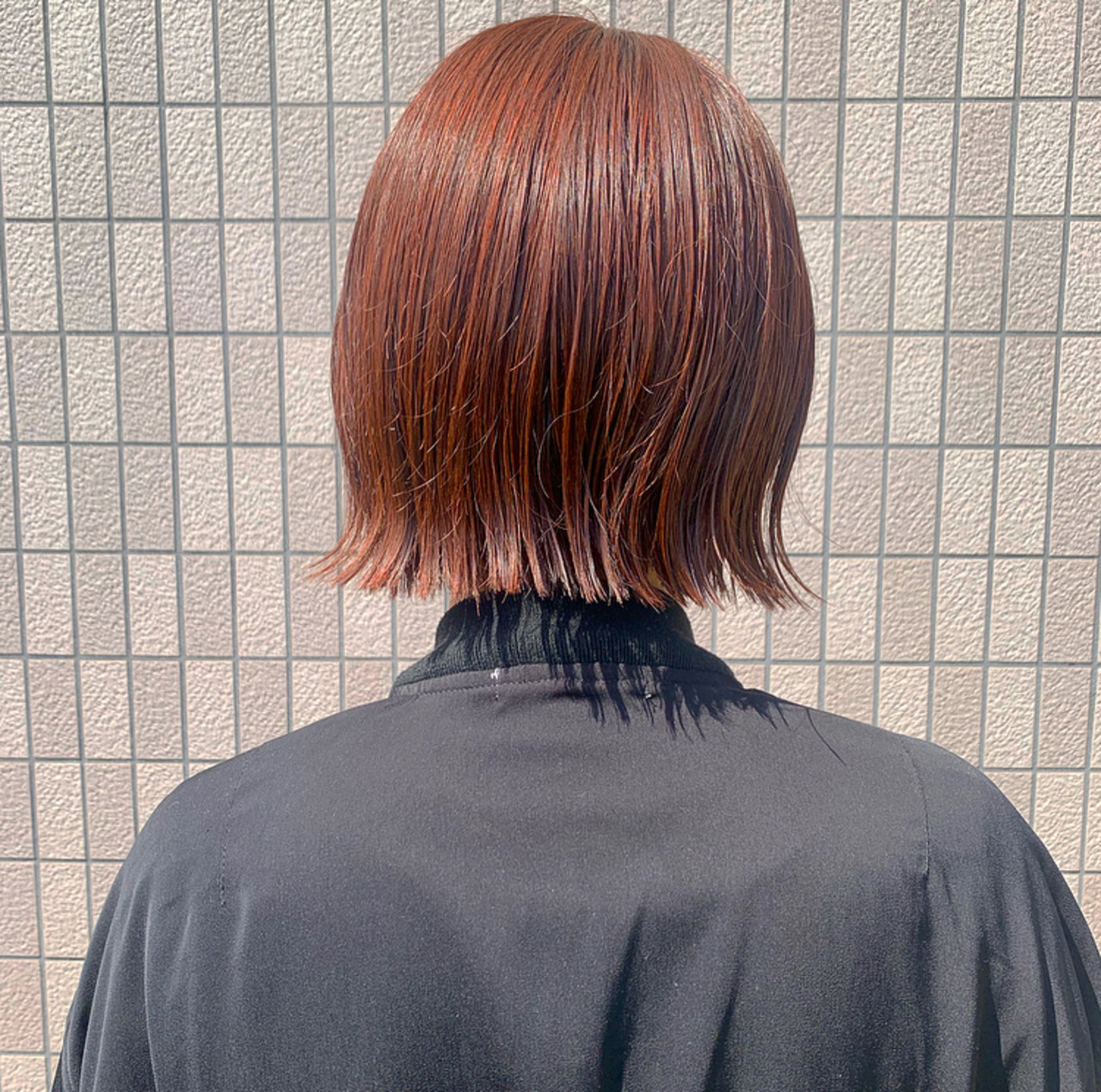 ナチュラル オレンジカラー 切りっぱなしボブ ショート ヘアスタイルや髪型の写真・画像