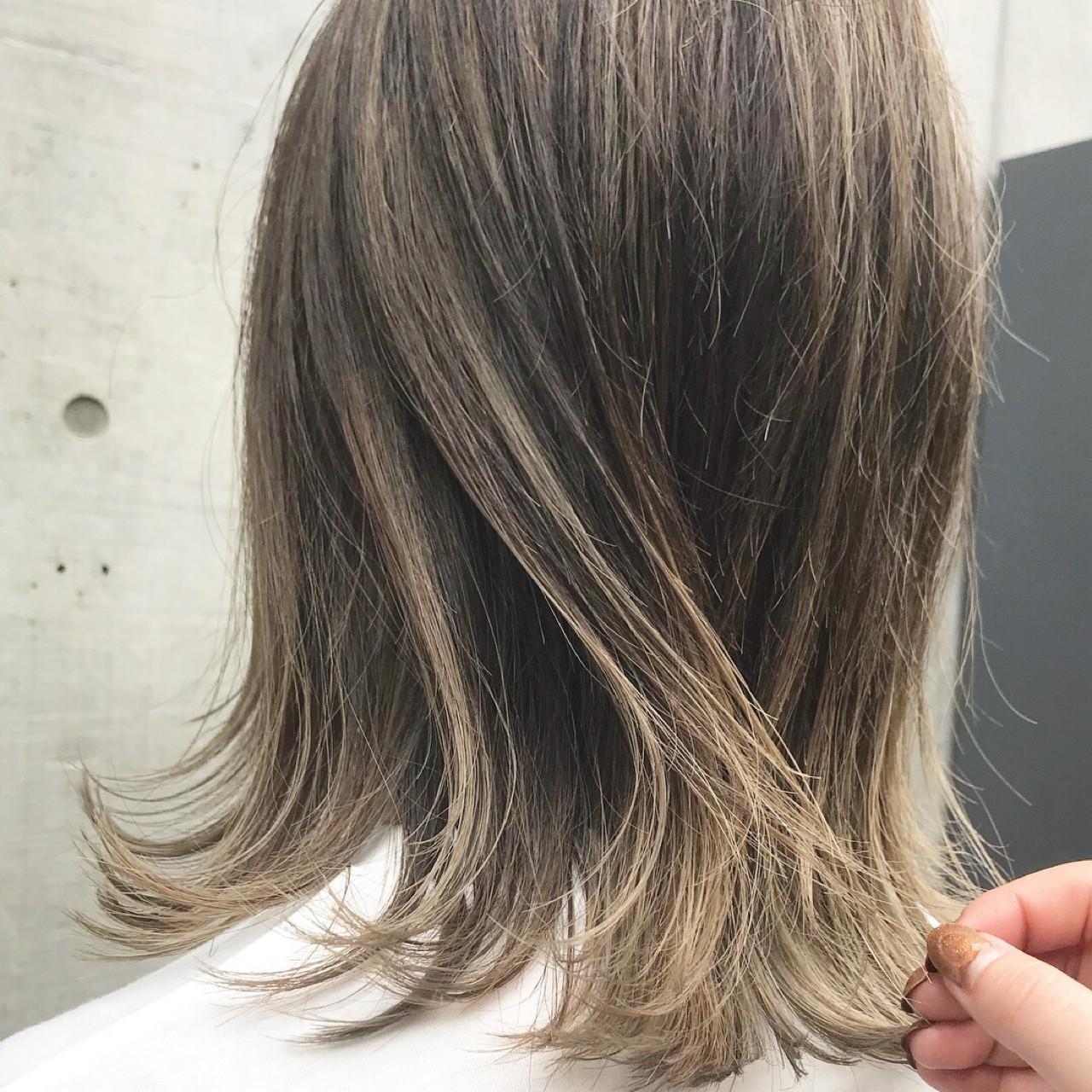 ナチュラル ハイライト ミディアム 外国人風 ヘアスタイルや髪型の写真・画像