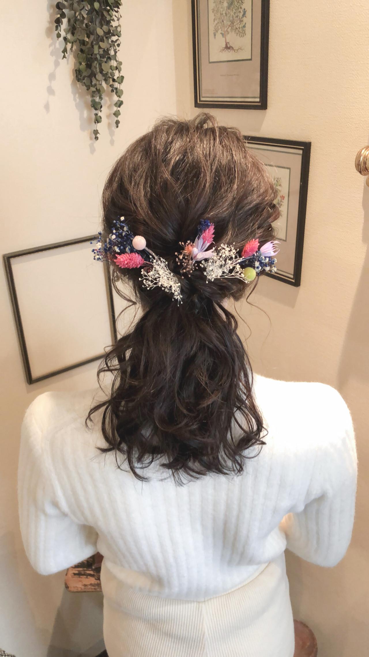 セミロング ハーフアップ ヘアアレンジ フェミニン ヘアスタイルや髪型の写真・画像