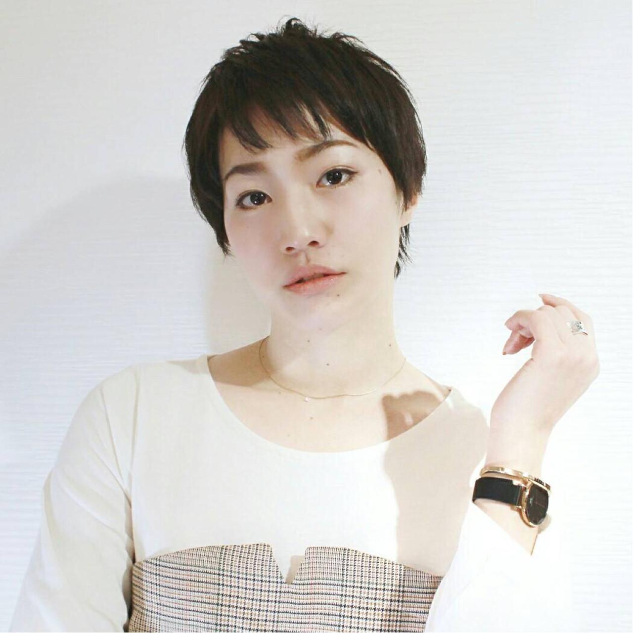 ショート ナチュラル アッシュ 愛され ヘアスタイルや髪型の写真・画像 | KAHO YANAGIHARA /