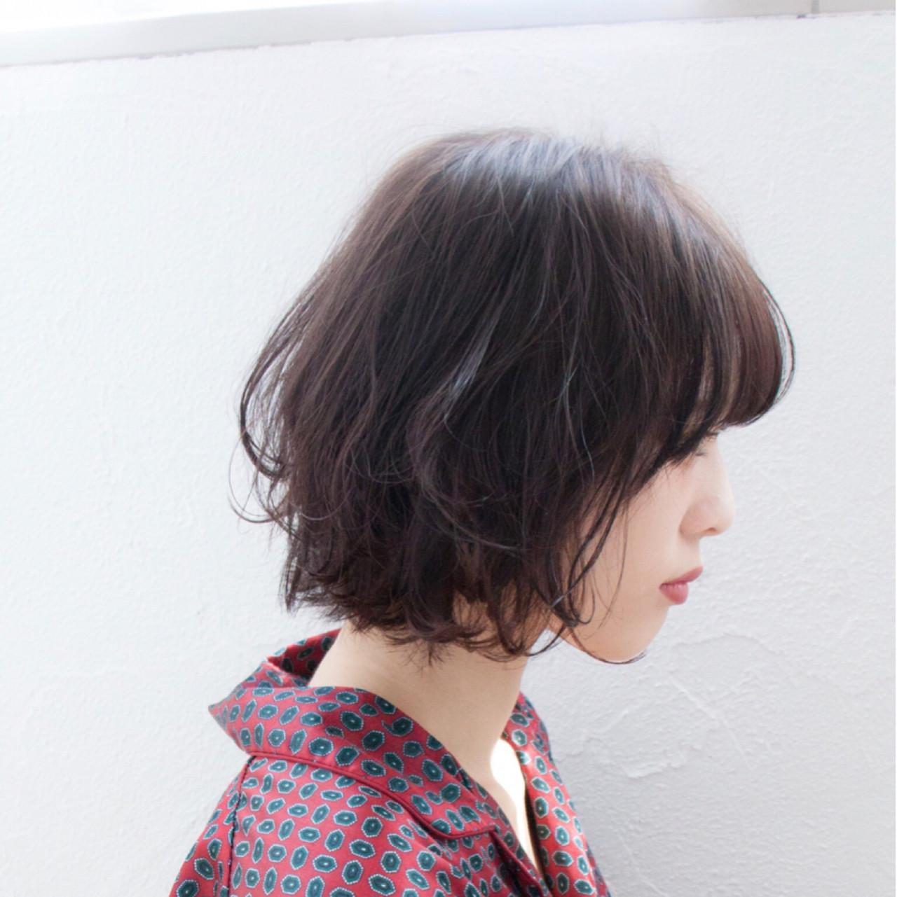 フリンジバング ボブ アッシュ ガーリー ヘアスタイルや髪型の写真・画像 | 伊藤 大樹 / Lufeli