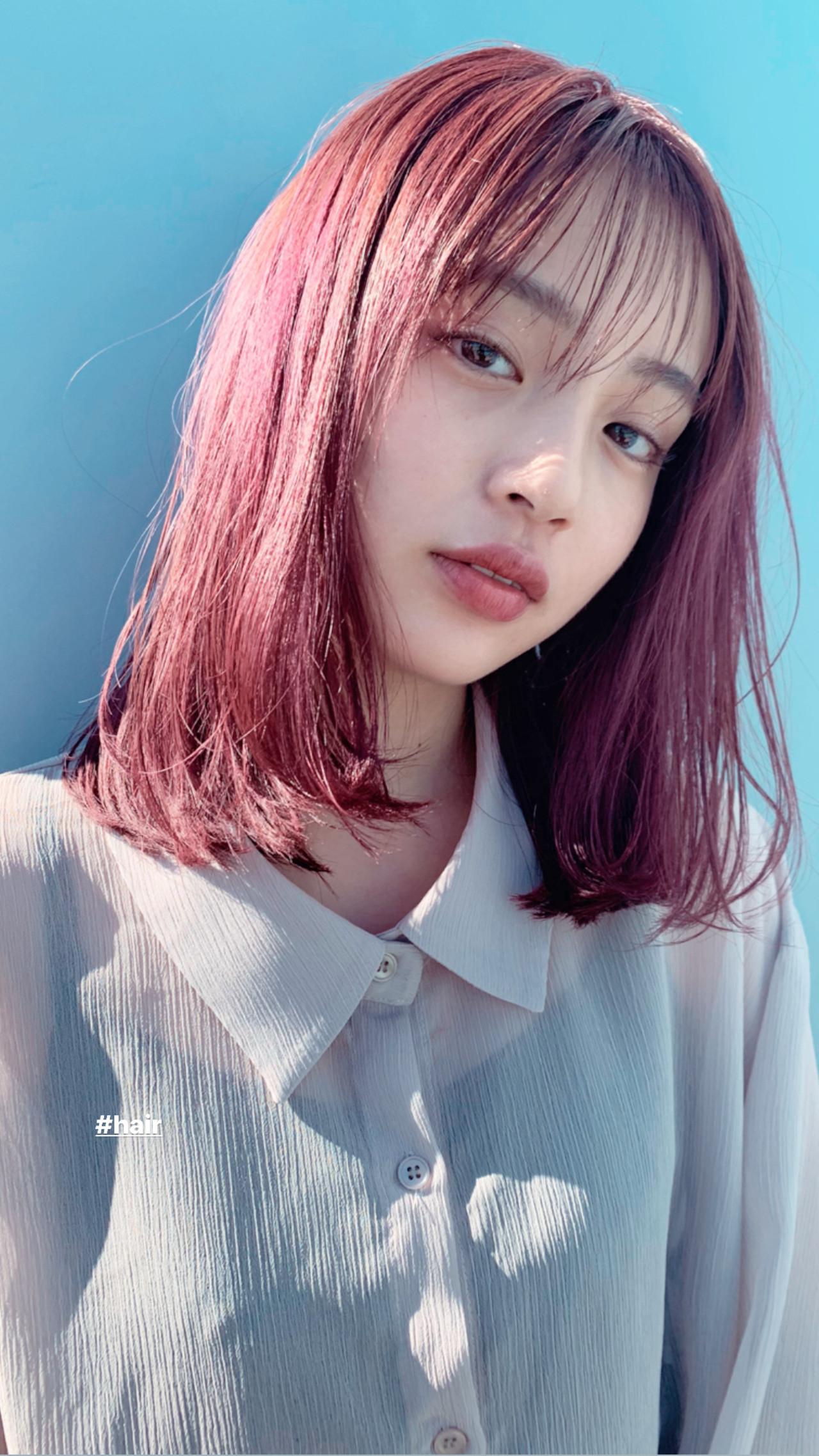 秋 ヘアカラー ピンク デート ヘアスタイルや髪型の写真・画像   井上 彩 / Luxe