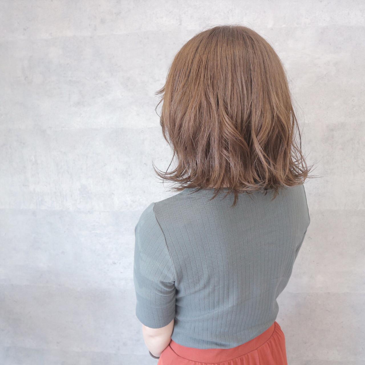 デート 切りっぱなし オフィス リラックス ヘアスタイルや髪型の写真・画像