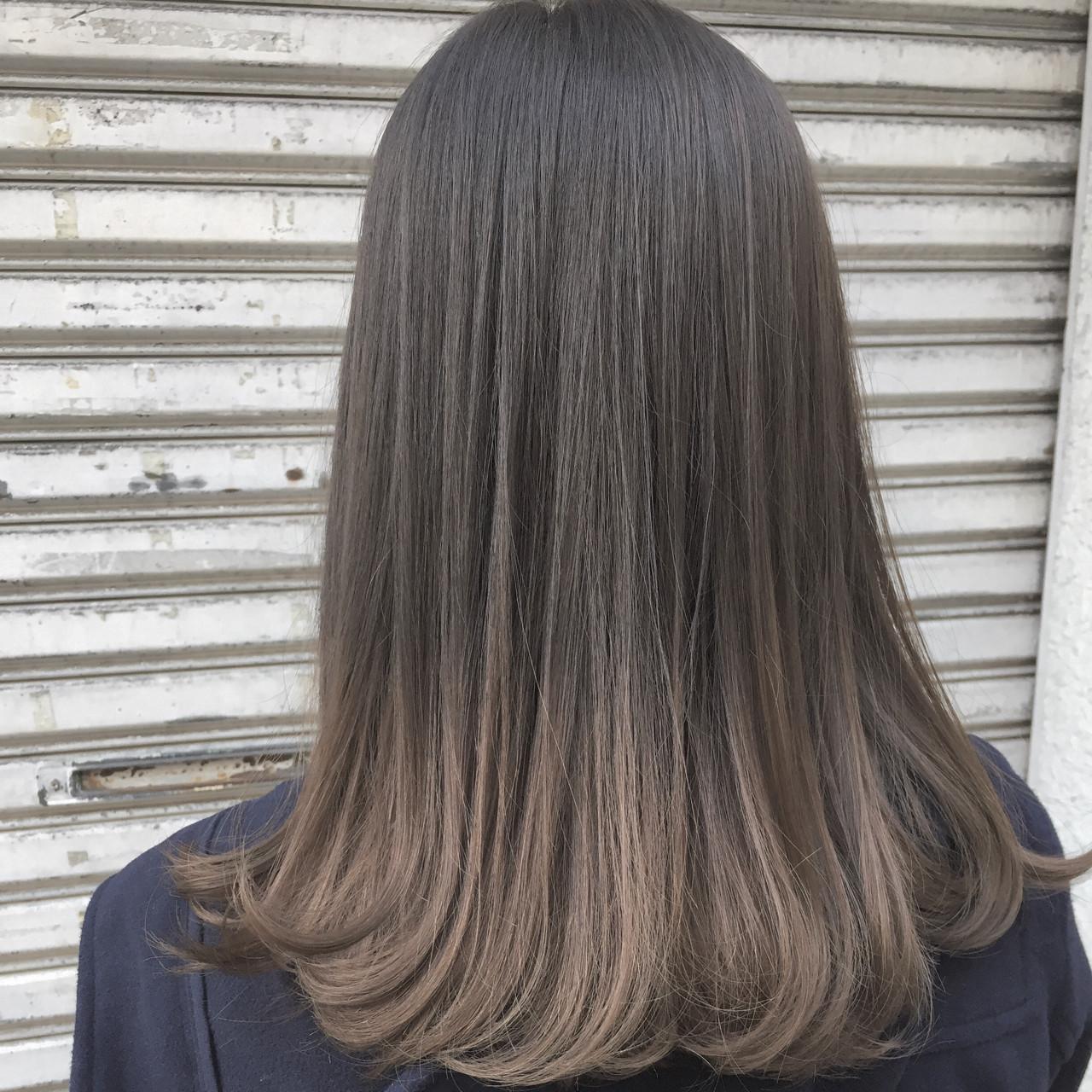 外国人風 ハイライト ナチュラル グラデーションカラー ヘアスタイルや髪型の写真・画像