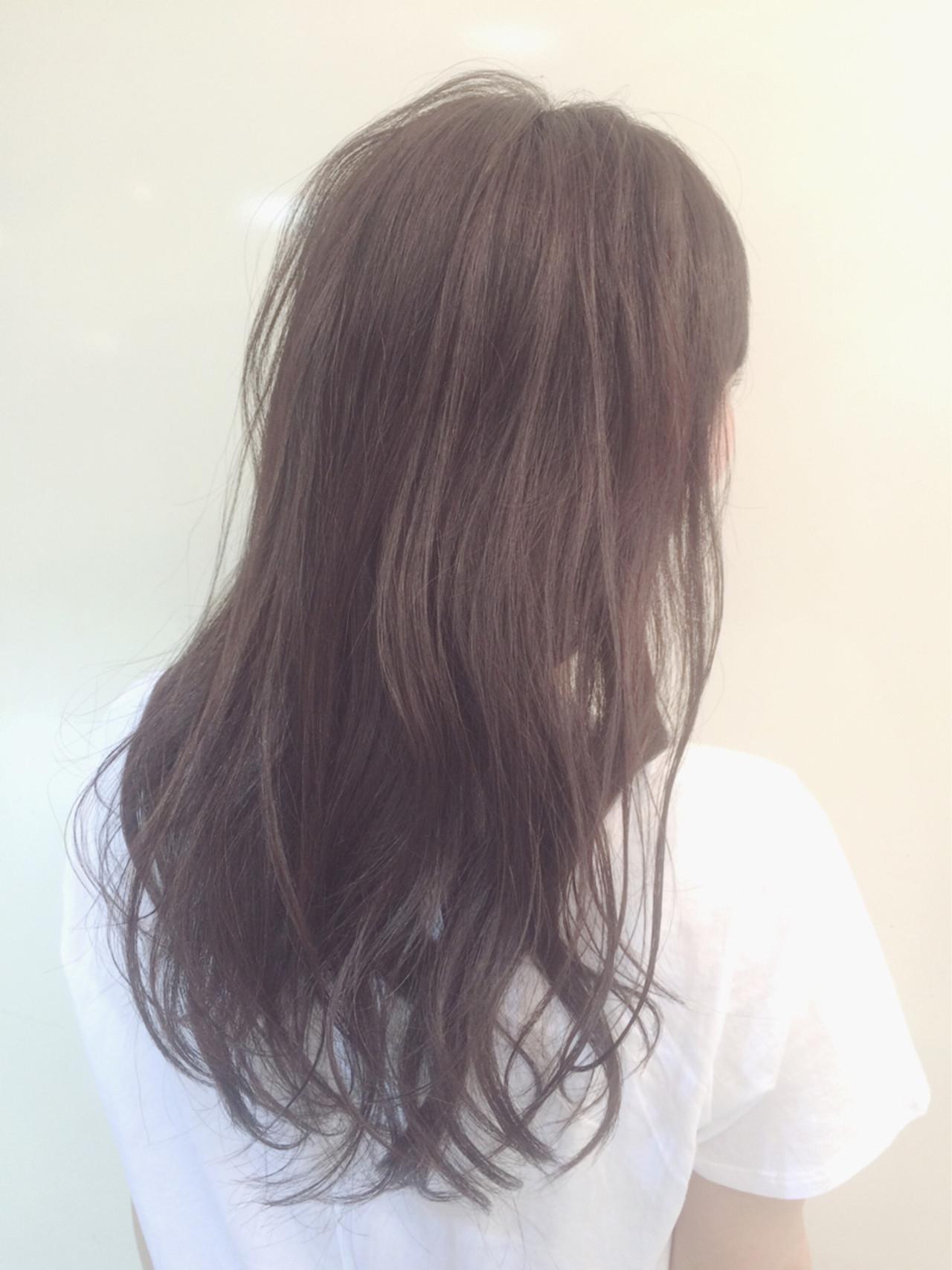 外国人風 ゆるふわ 黒髪 ロング ヘアスタイルや髪型の写真・画像 | 小林進 / neolive square